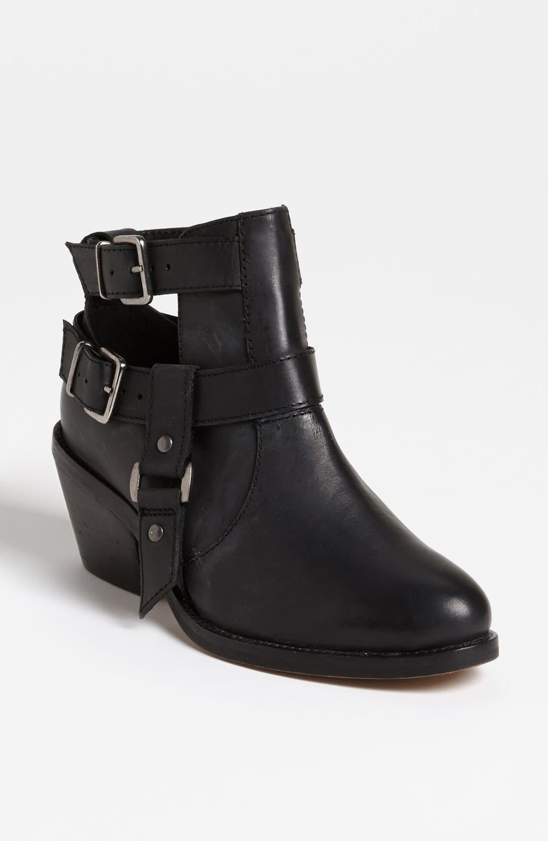 Alternate Image 1 Selected - Topshop 'Advance' Boot
