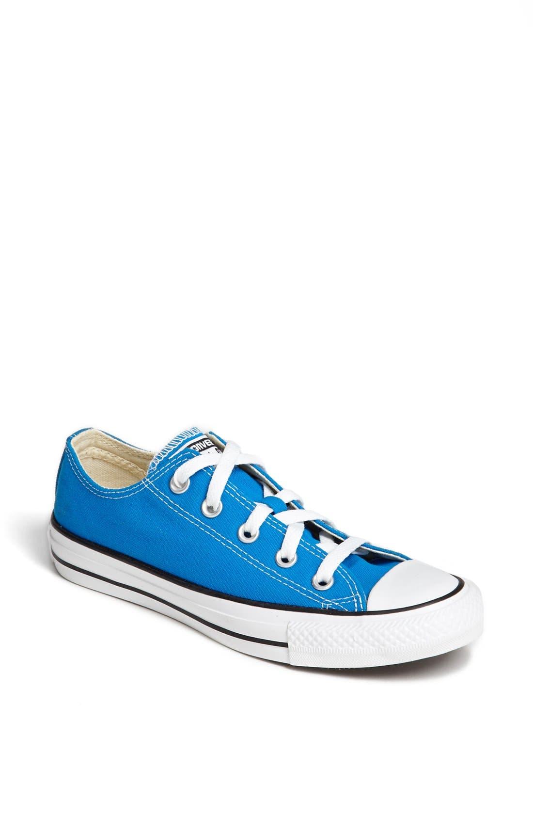 Main Image - Converse Chuck Taylor® All Star® Low Sneaker (Women)