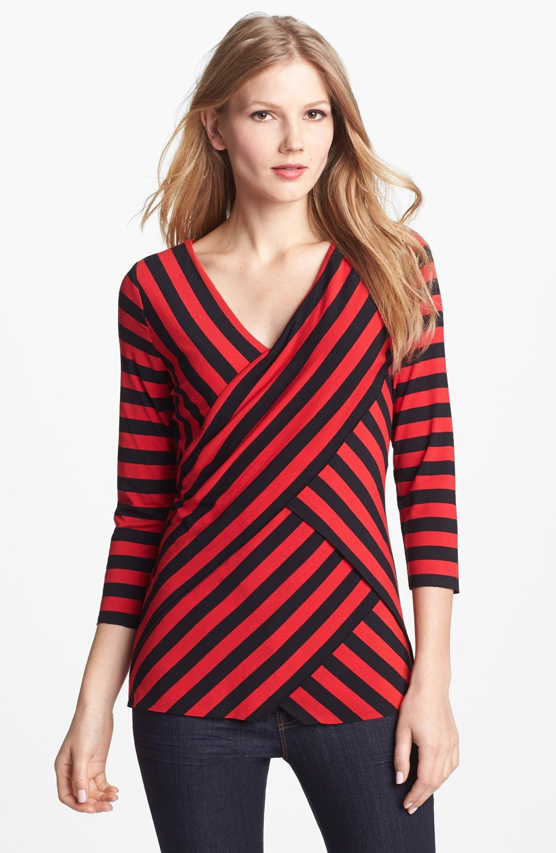 Alternate Image 1 Selected - Vince Camuto Zigzag Stripe Top