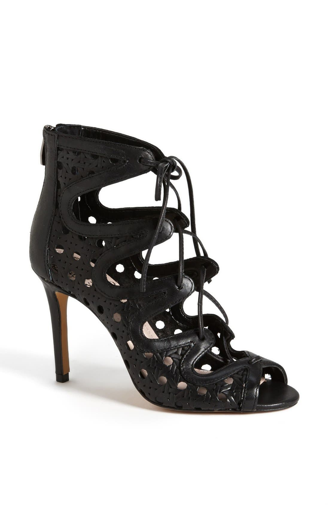 Main Image - Vince Camuto 'Jillie' Bootie (Nordstrom Exclusive)