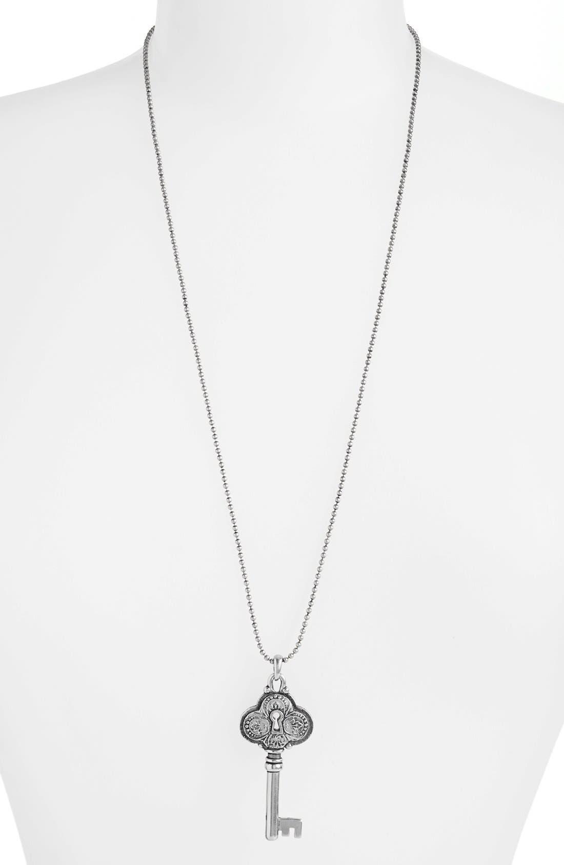 Alternate Image 1 Selected - Nordstrom 'Antique' Pendant Necklace