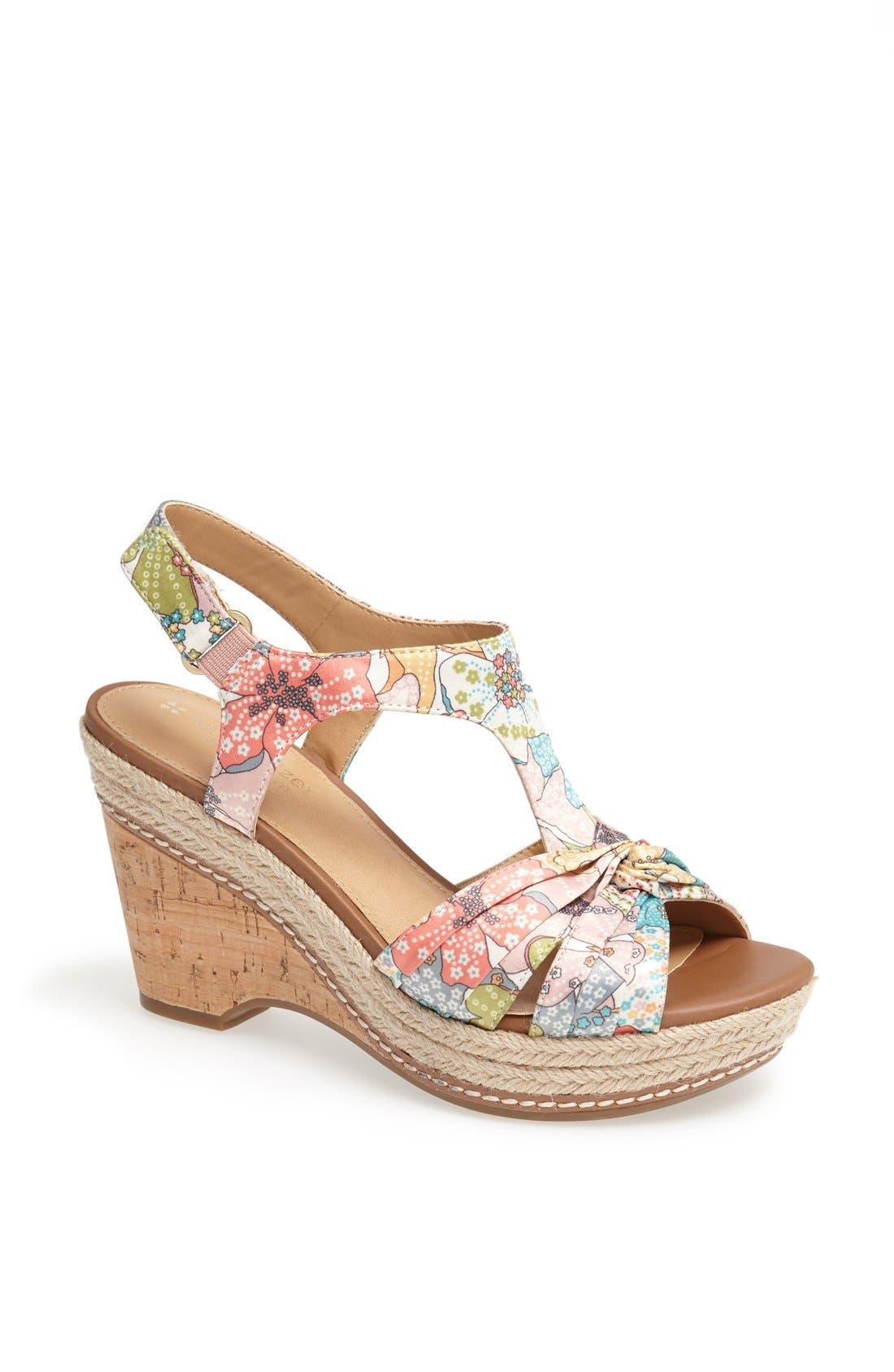 Alternate Image 1 Selected - Naturalizer 'Linore' Sandal