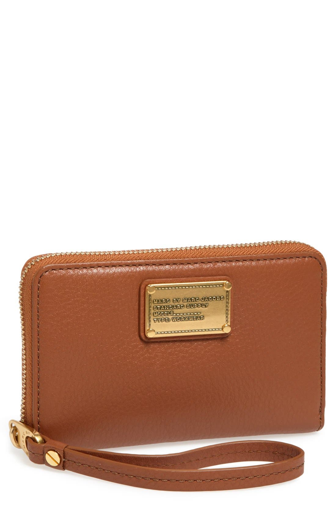 Main Image - MARC BY MARC JACOBS 'Classic Q Mildred' Wristlet Wallet