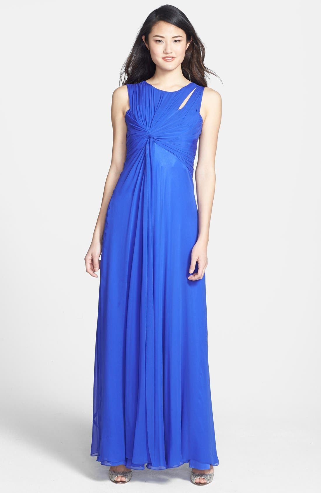 Alternate Image 1 Selected - Vera Wang Knotted Chiffon Gown
