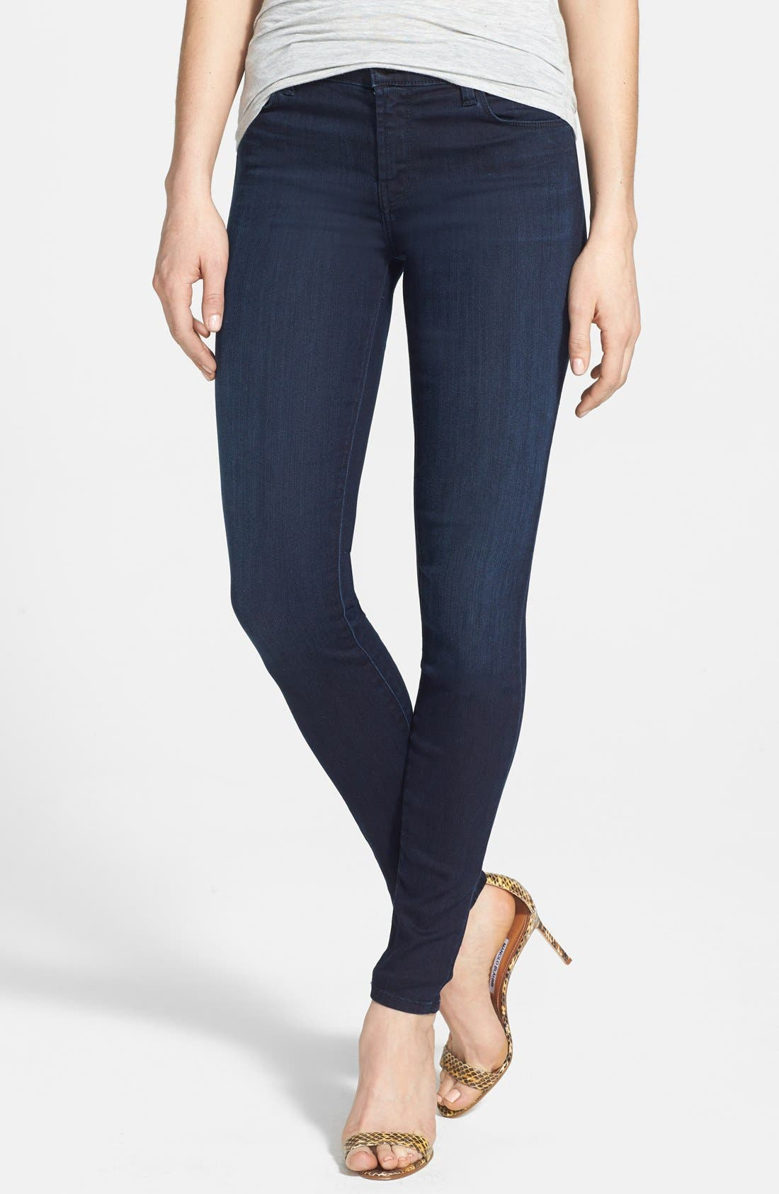 Alternate Image 1 Selected - J Brand '620' Skinny Jeans (Darkness)