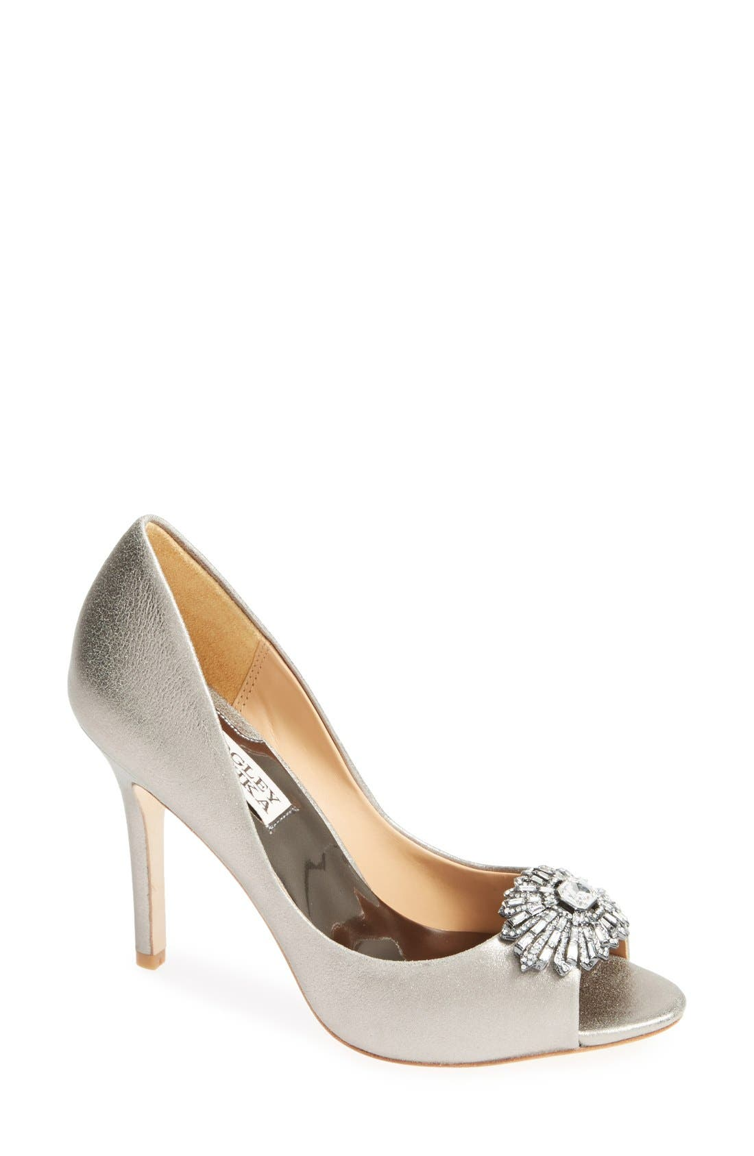 Alternate Image 1 Selected - Badgley Mischka 'Hollie' Pump (Women)