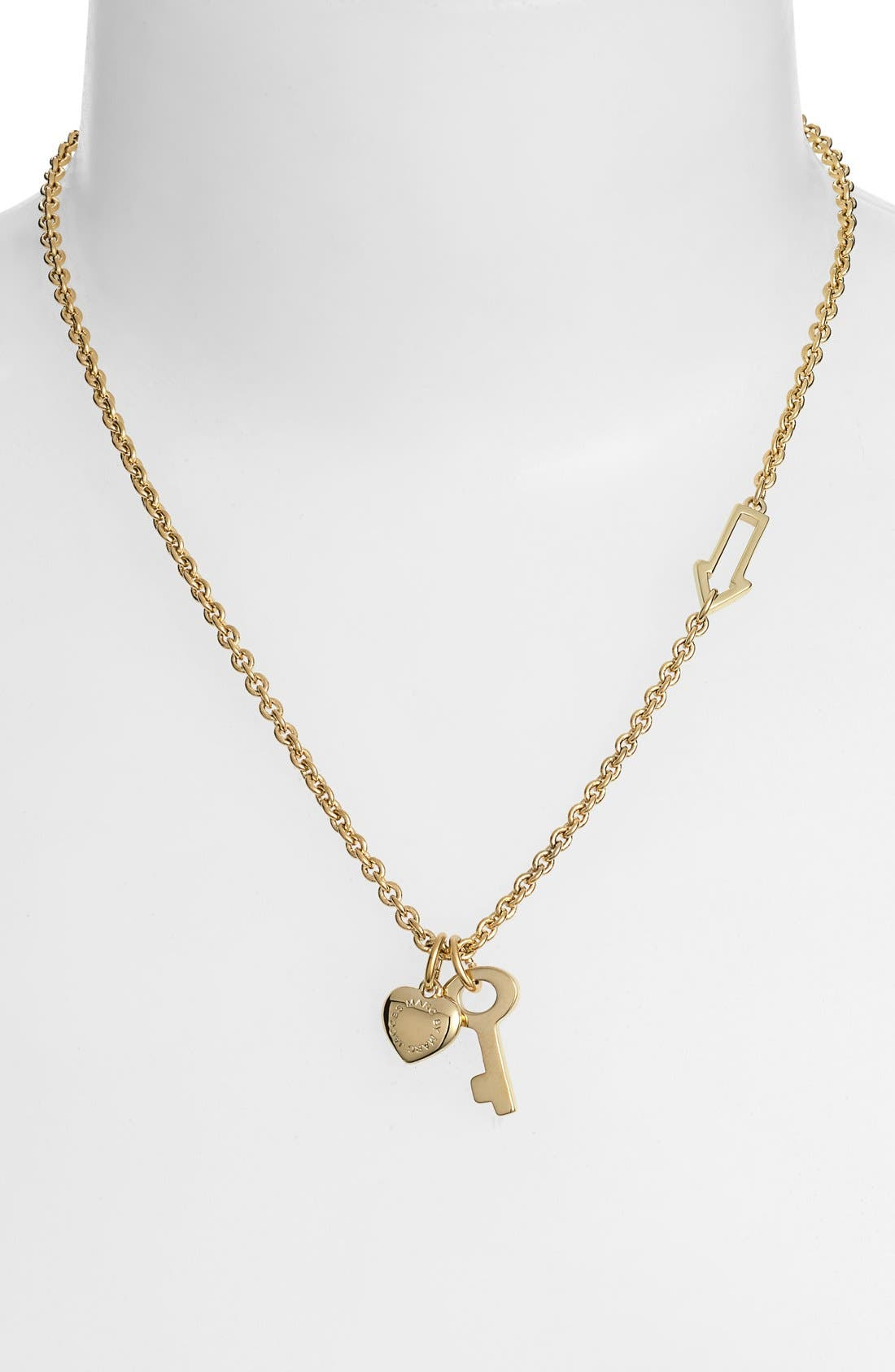 Alternate Image 1 Selected - MARC BY MARC JACOBS Cluster Pendant Necklace