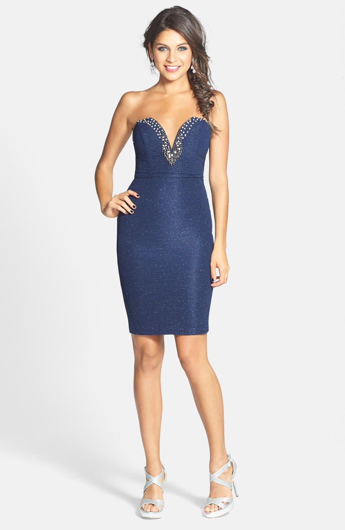 Alternate Image 3  - Sequin Hearts Embellished Sweetheart Body-Con Dress (Juniors)