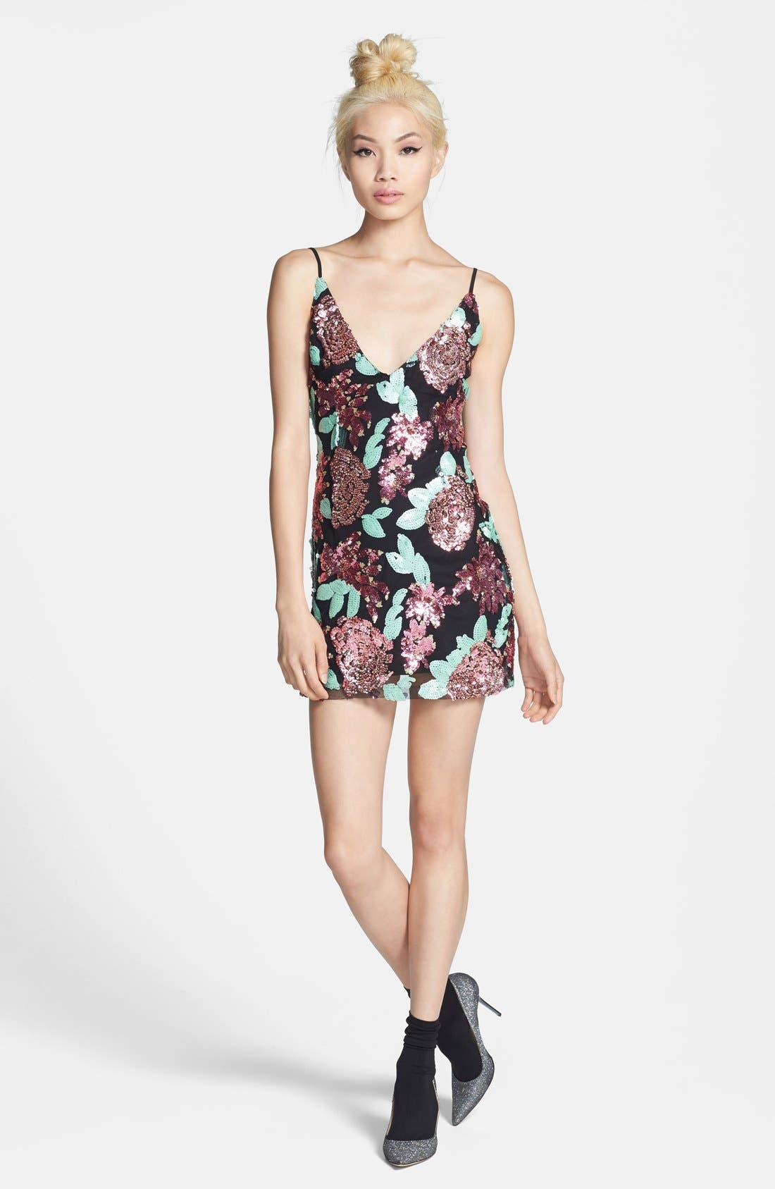 Main Image - Glamorous Sequin Flower Shift Dress