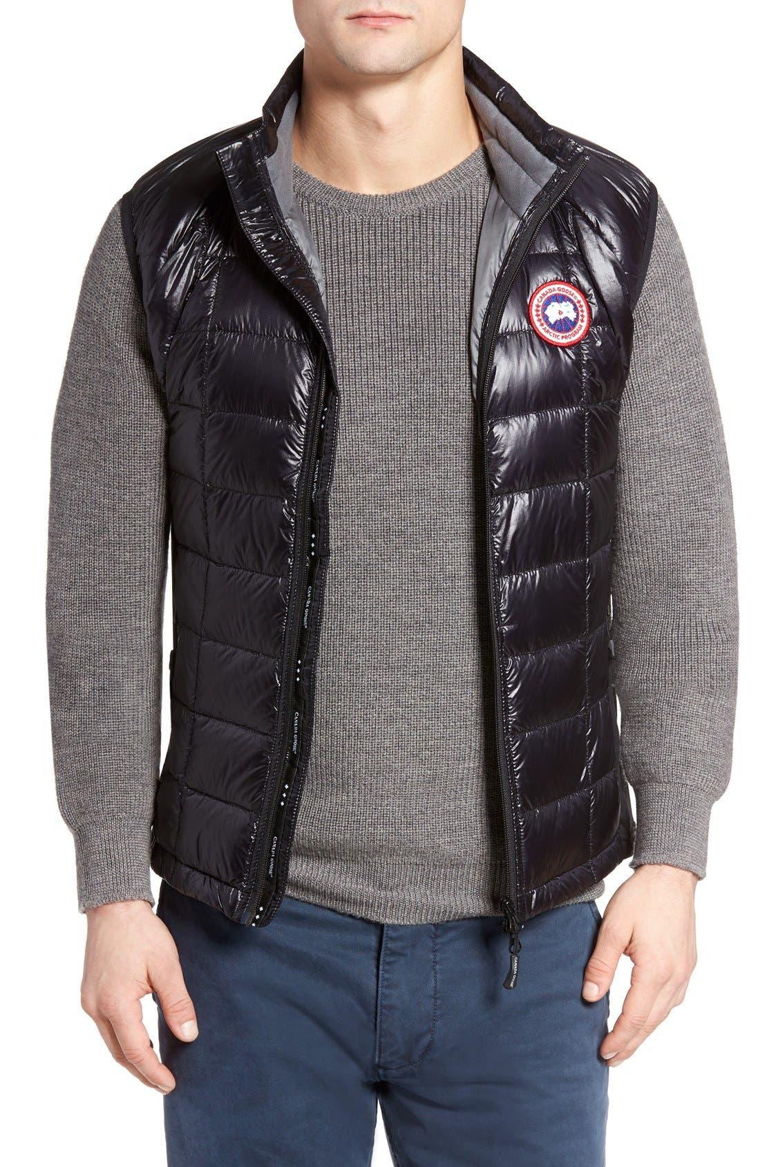 'Hybridge<sup>™</sup> Lite' Slim Fit Packable Quilted 800-Fill Down Vest,                         Main,                         color, Black