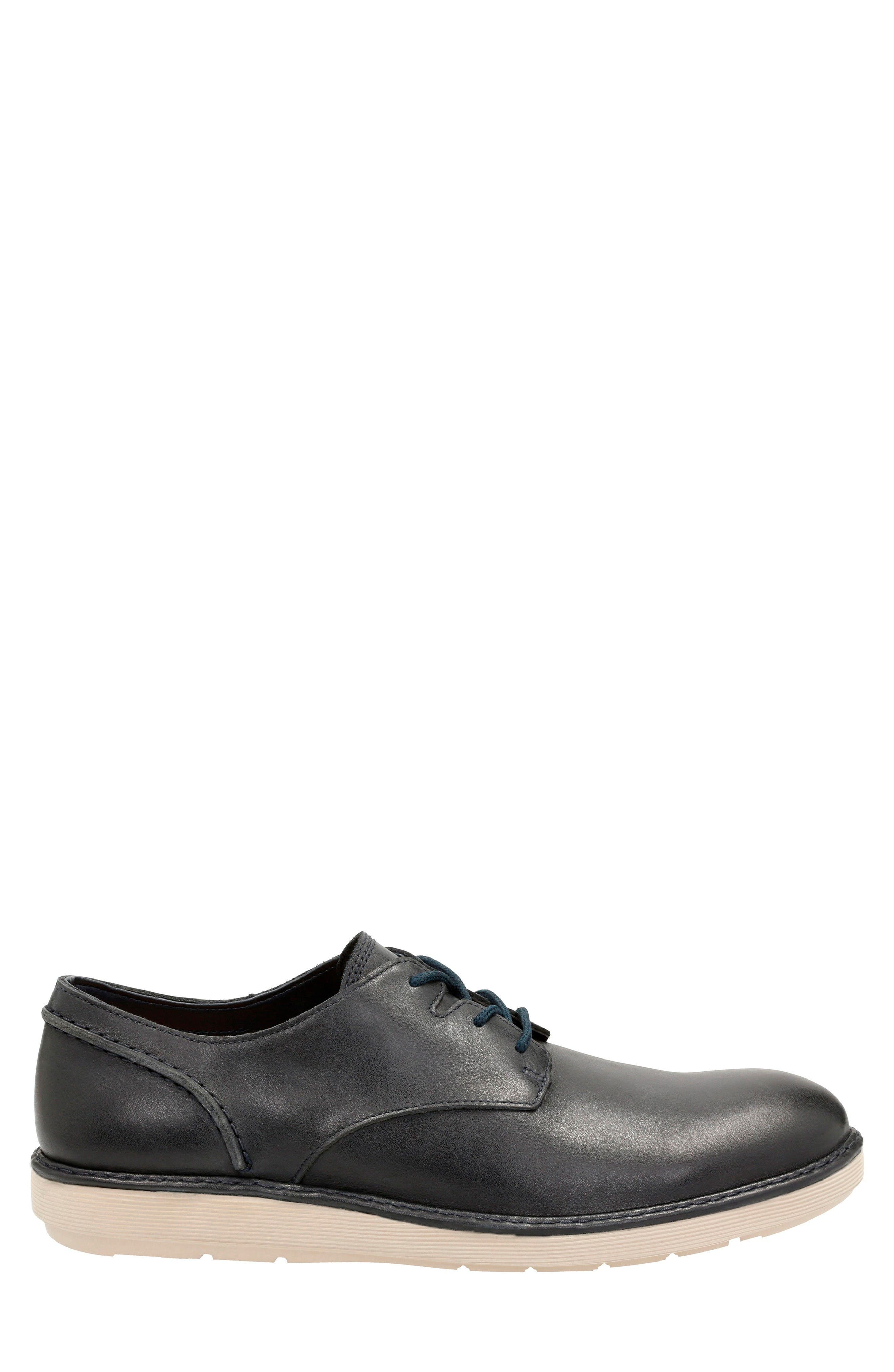 Alternate Image 2  - Clarks® Fayeman Plain Toe Derby (Men)