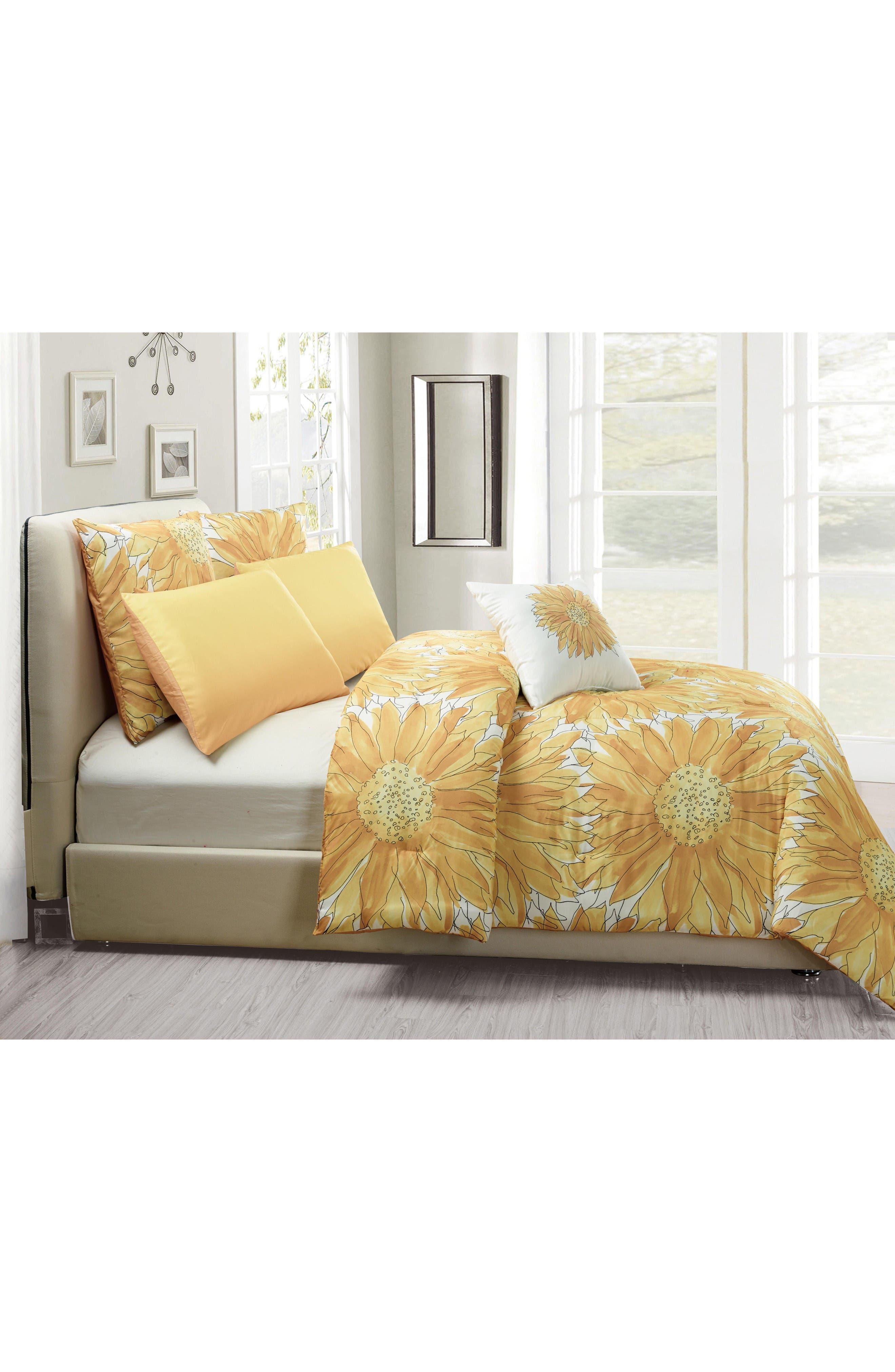 Alternate Image 3  - Vera Adelphie 6-Piece Queen Comforter Set