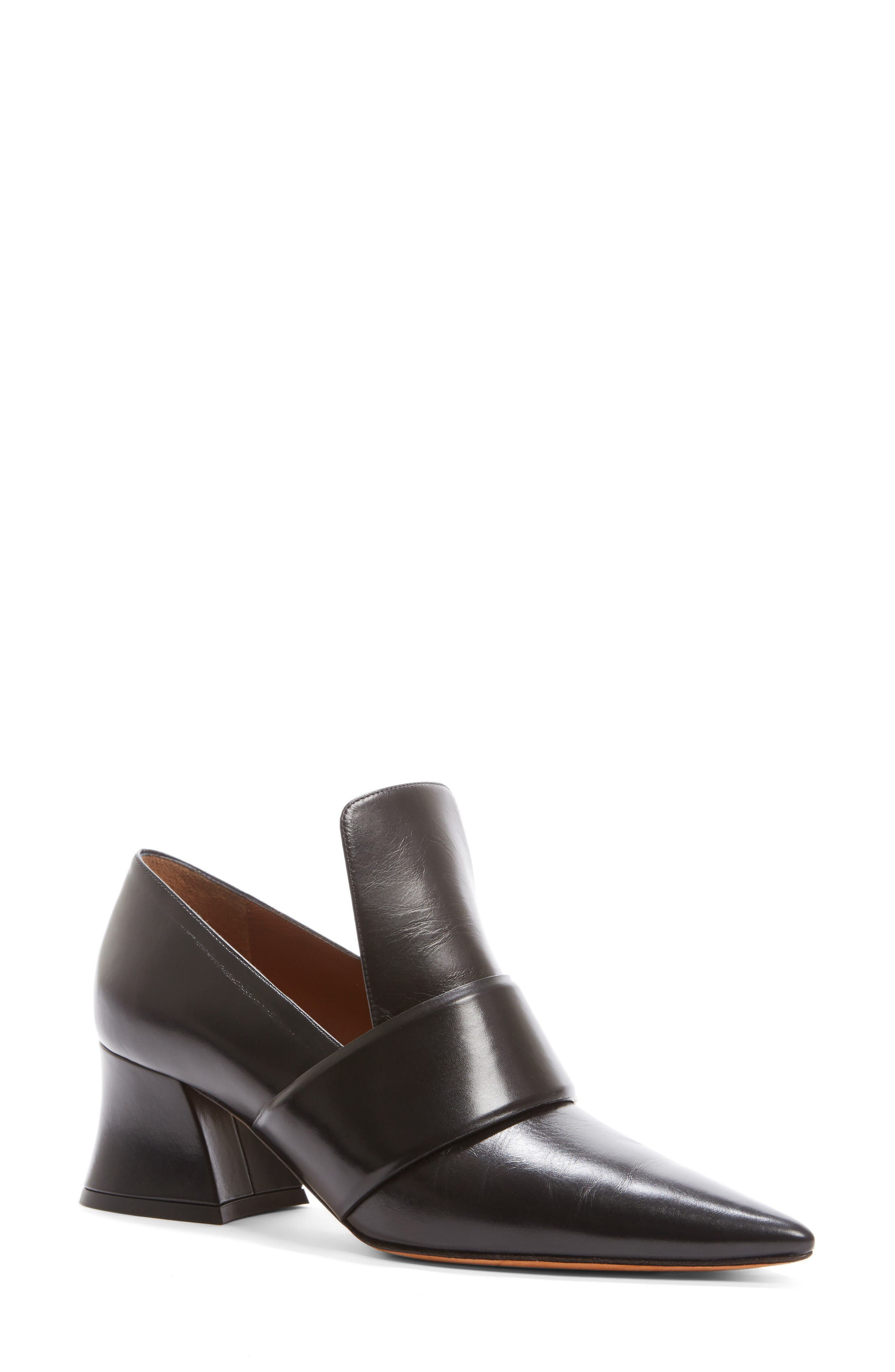 Alternate Image 1 Selected - Givenchy Patricia Pump (Women)