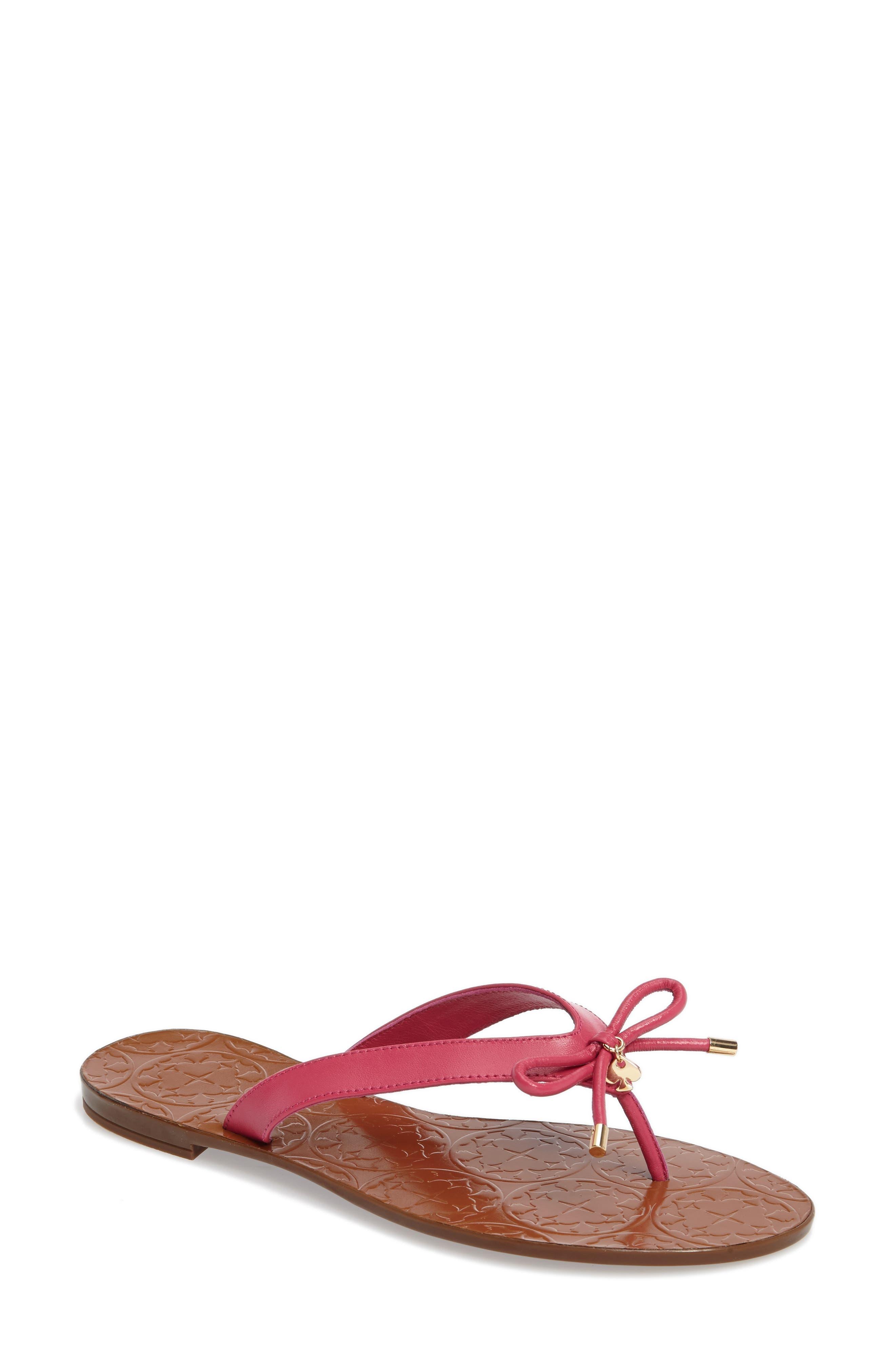 kate spade new york charles flip flop (Women)