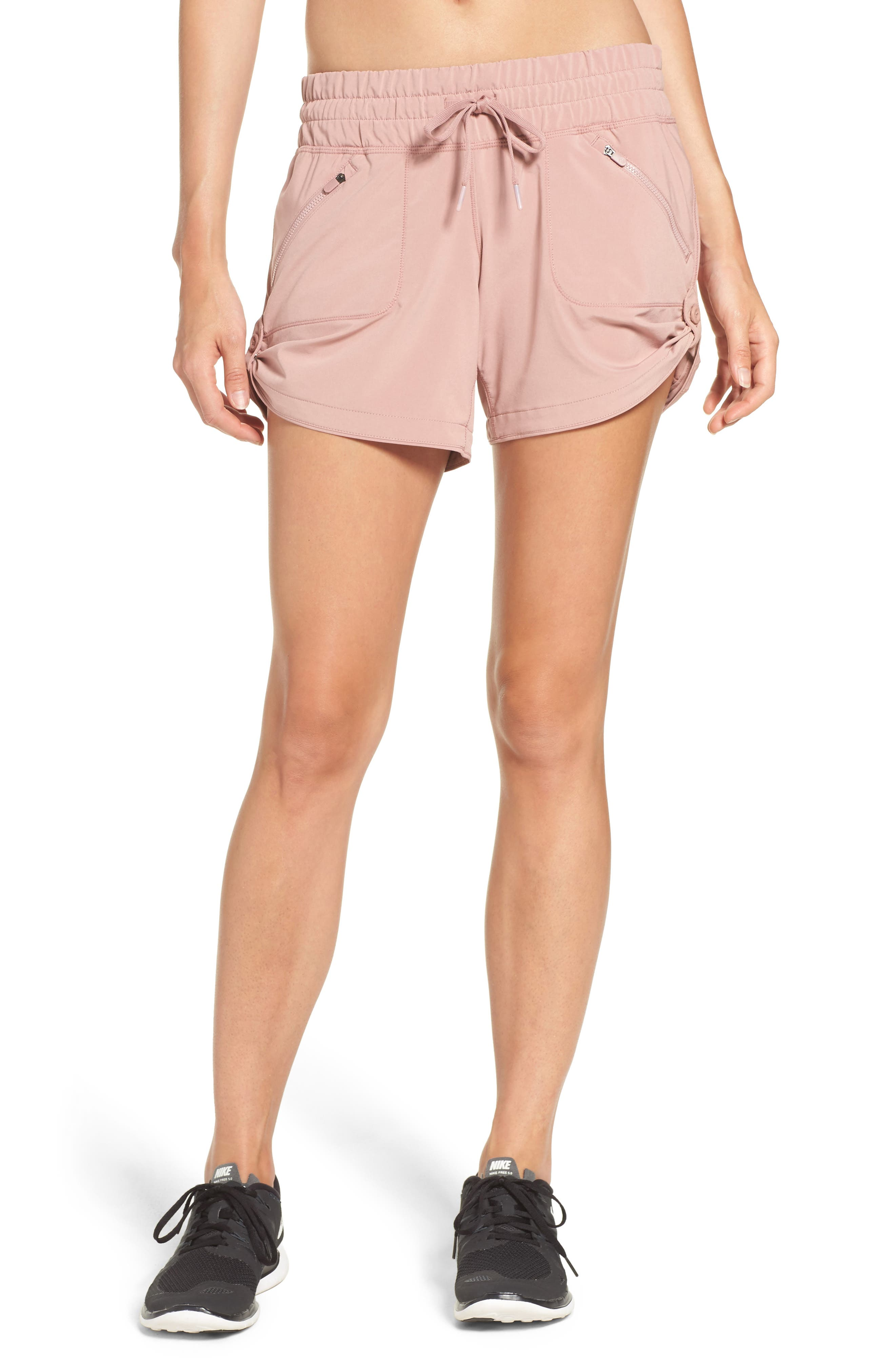 Main Image - Zella Switchback Shorts