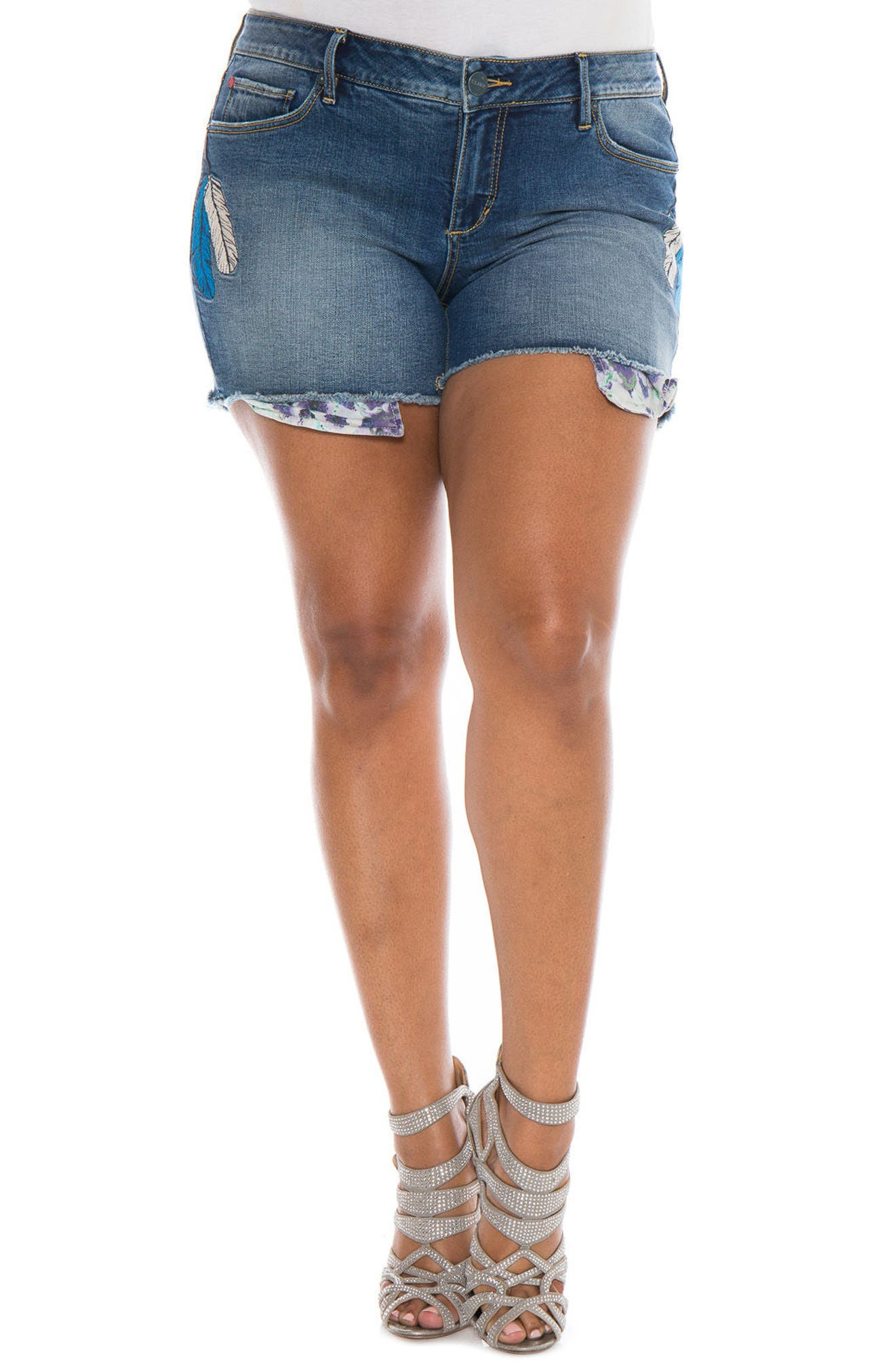 Main Image - SLINK Jeans Embroidered Cutoff Denim Shorts (Plus Size)