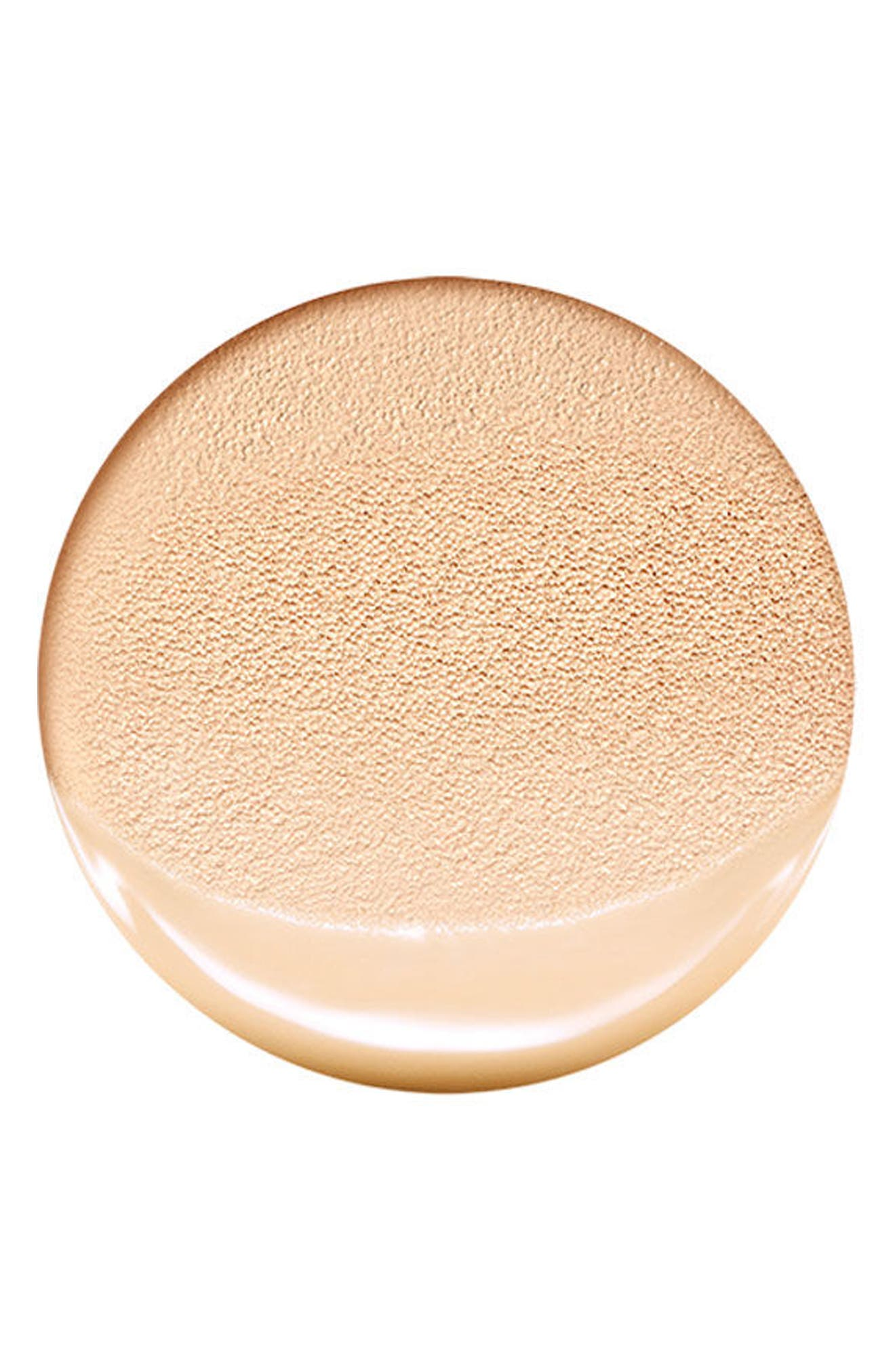 Alternate Image 2  - AMOREPACIFIC 'Color Control' Cushion Compact Broad Spectrum SPF 50