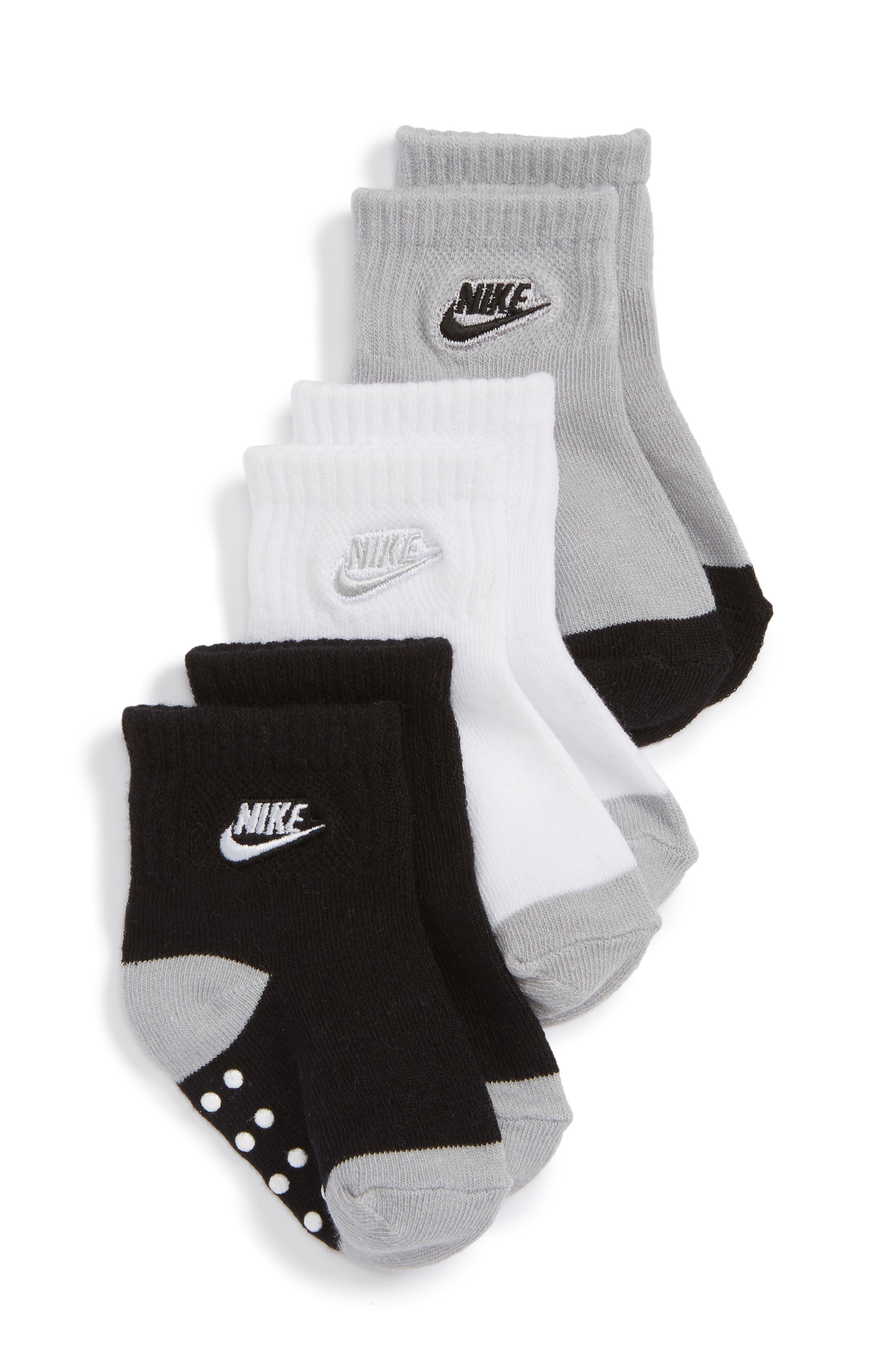 Alternate Image 1 Selected - Nike Futura 3-Pack Gripper Socks (Baby)