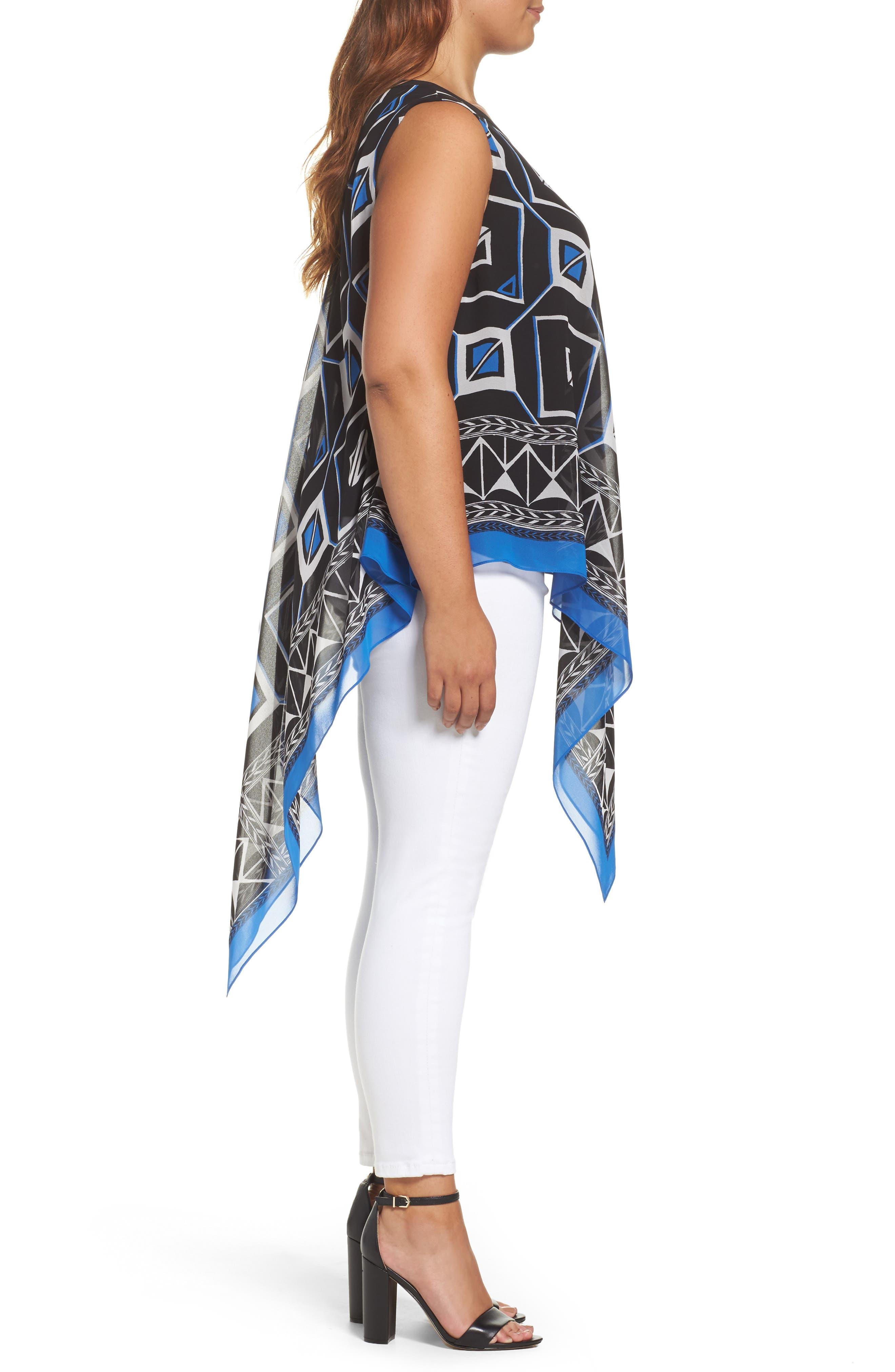 Alternate Image 3  - Vince Camuto Graphic Chiffon Handkerchief Blouse (Plus Size)