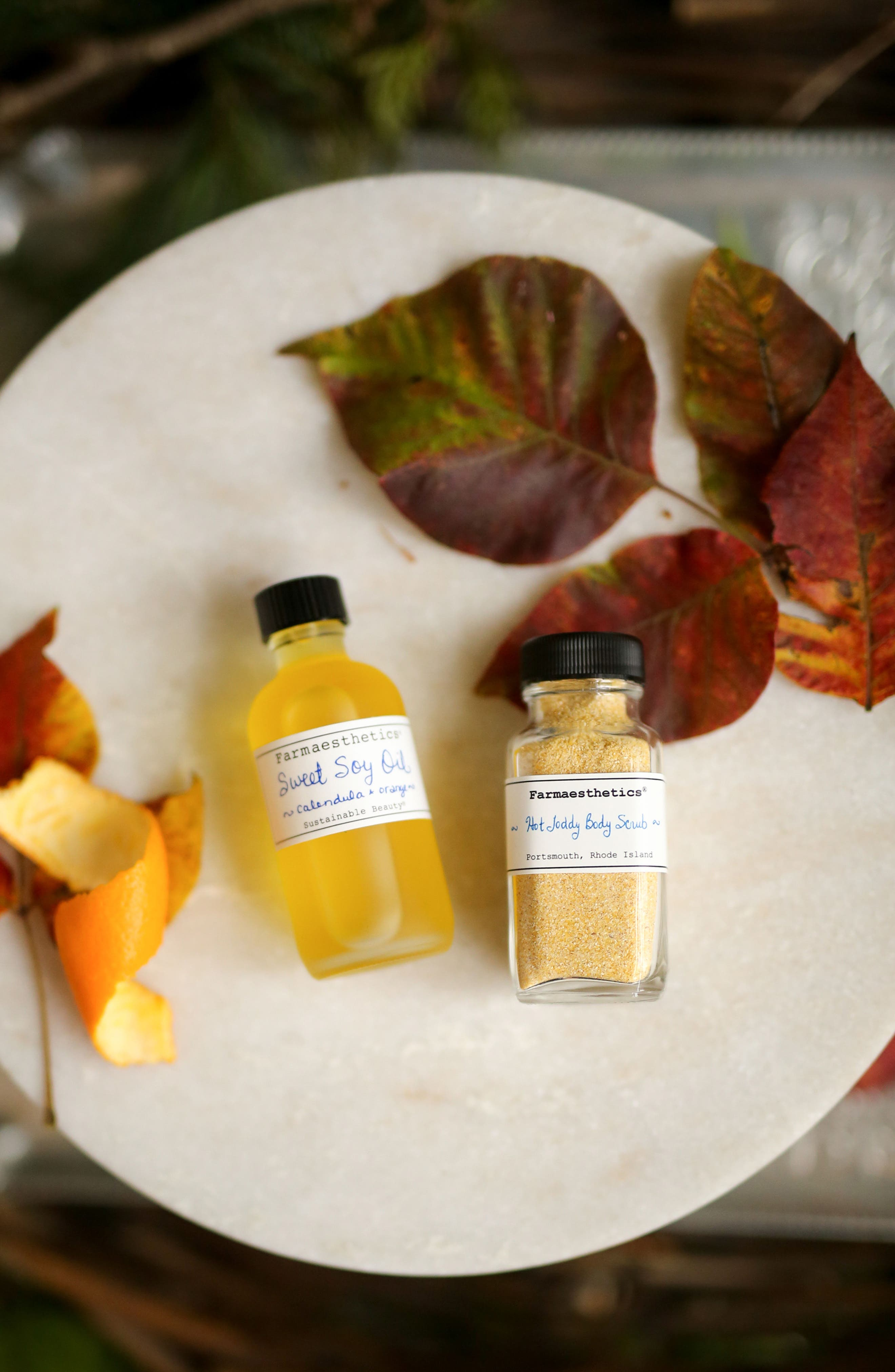 Alternate Image 2  - Farmaesthetics Hot Toddy for the Body® Set