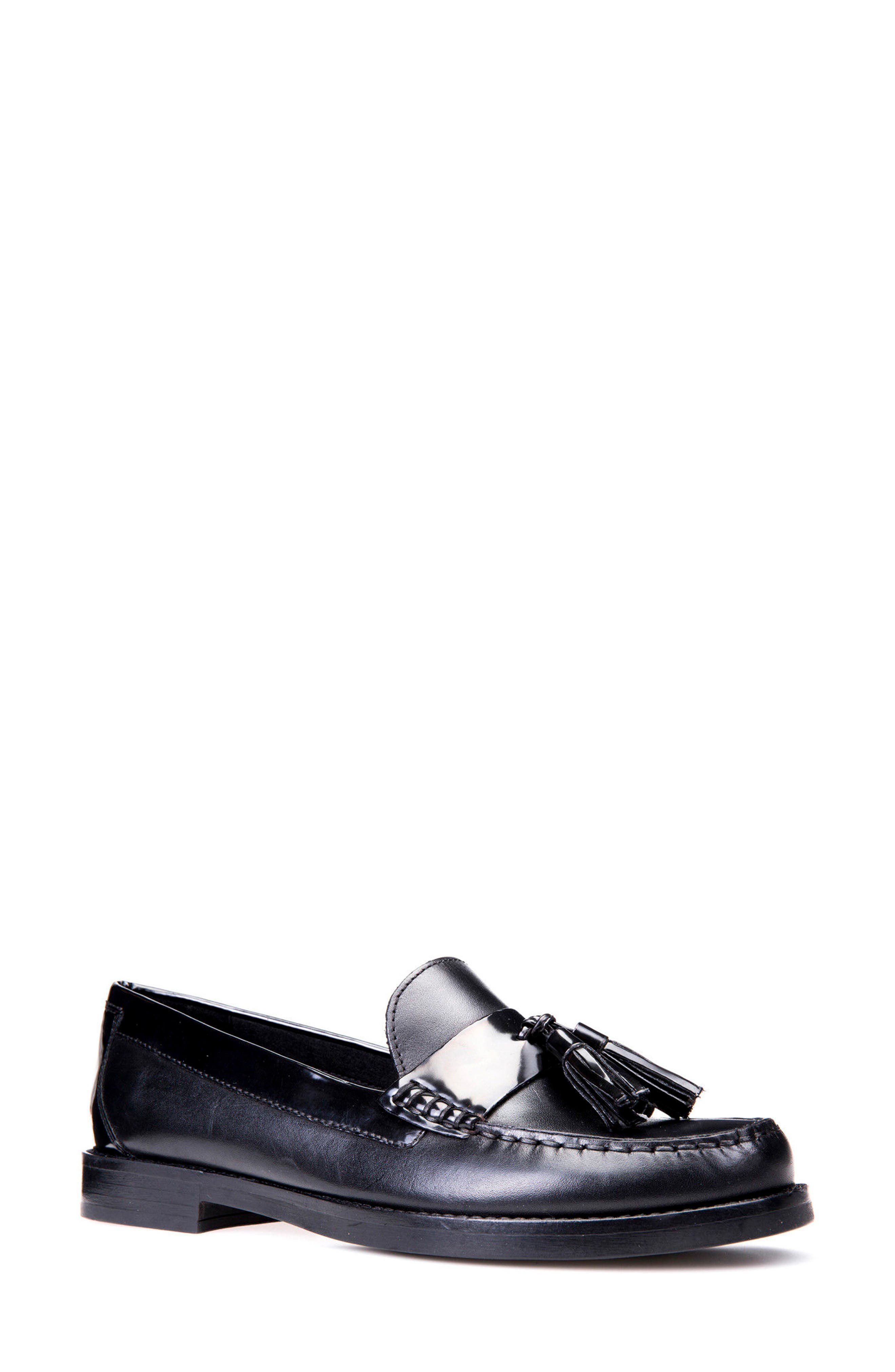 Main Image - Geox Promethea Loafer (Women)
