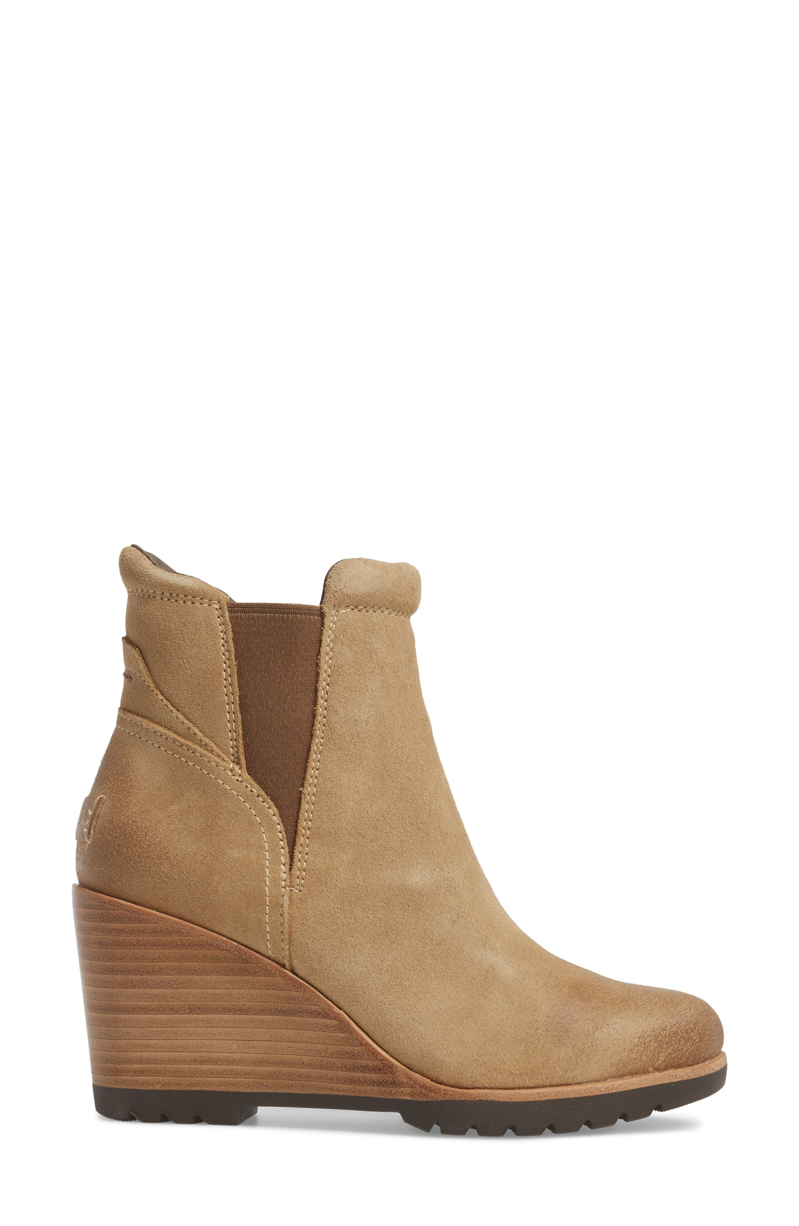 After Hours Chelsea Boot,                             Alternate thumbnail 3, color,                             Beach