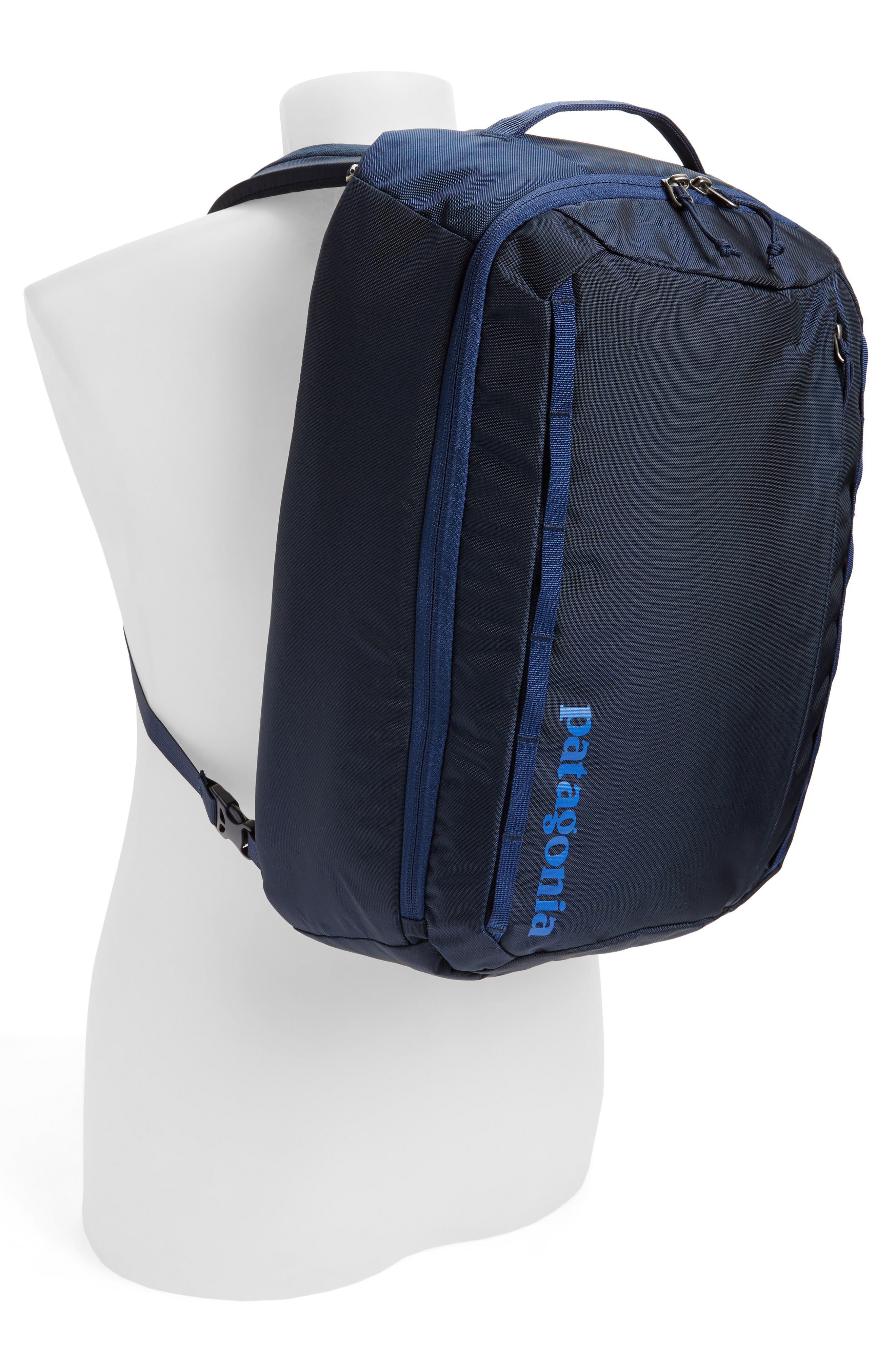 Alternate Image 2  - Patagonia Tres 25-Liter Convertible Backpack