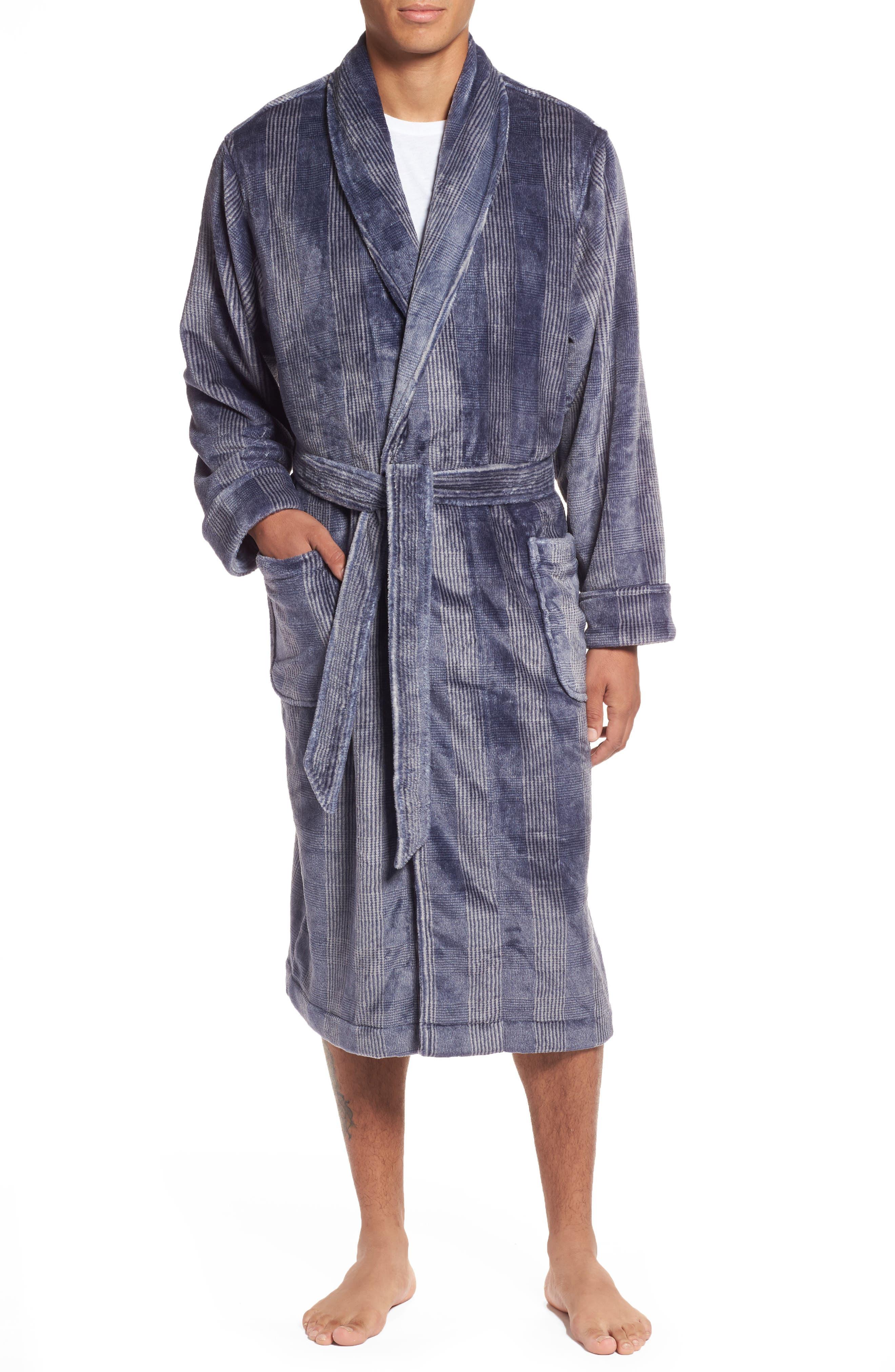 Alternate Image 1 Selected - Nordstrom Men's Shop Glen Check Fleece Robe