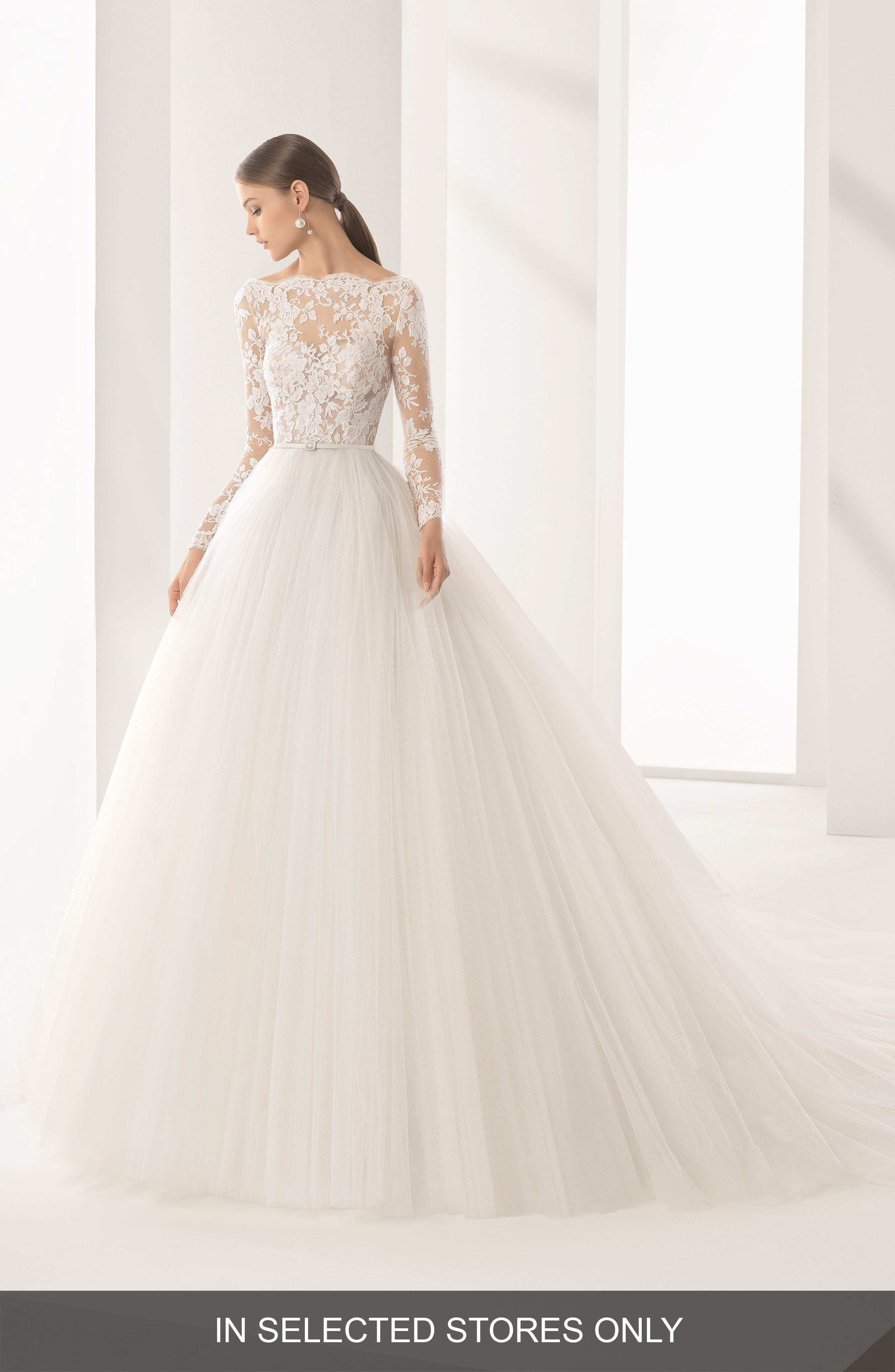 Niher Lace & Tulle Ballgown,                         Main,                         color, Natural