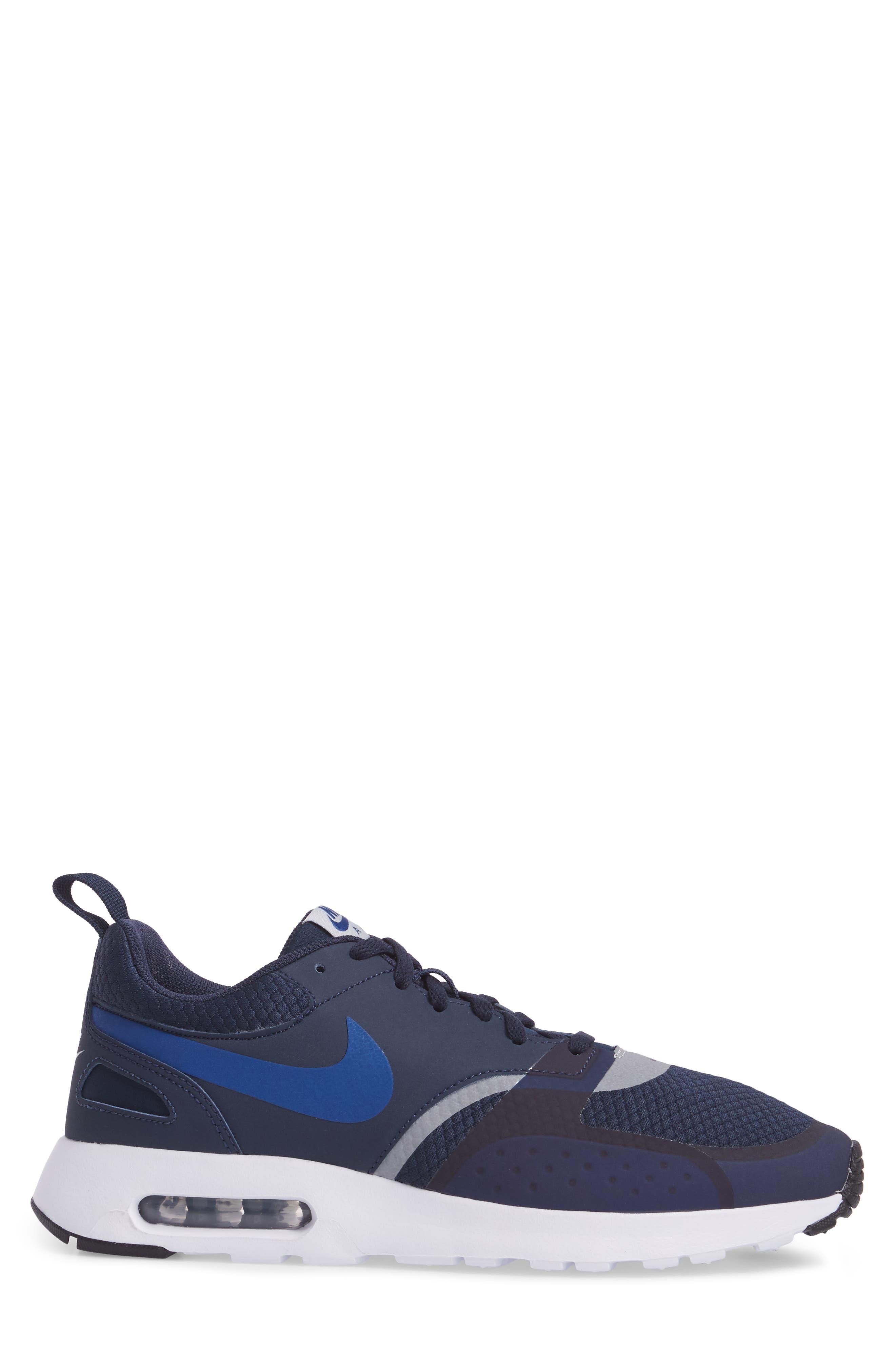 Alternate Image 3  - Nike Air Max Vision SE Sneaker (Men)