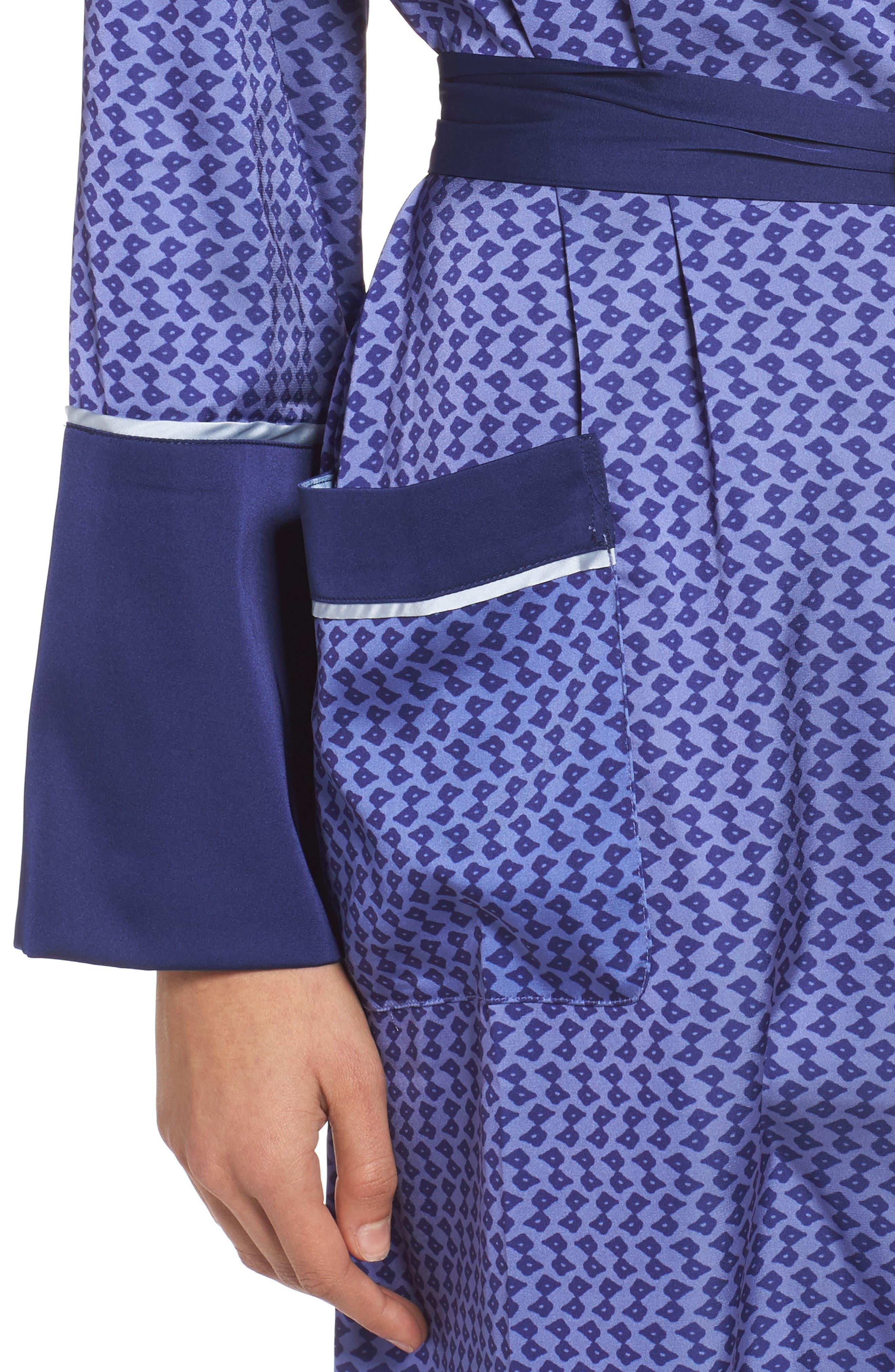 Alternate Image 5  - Bed to Brunch Satin Robe