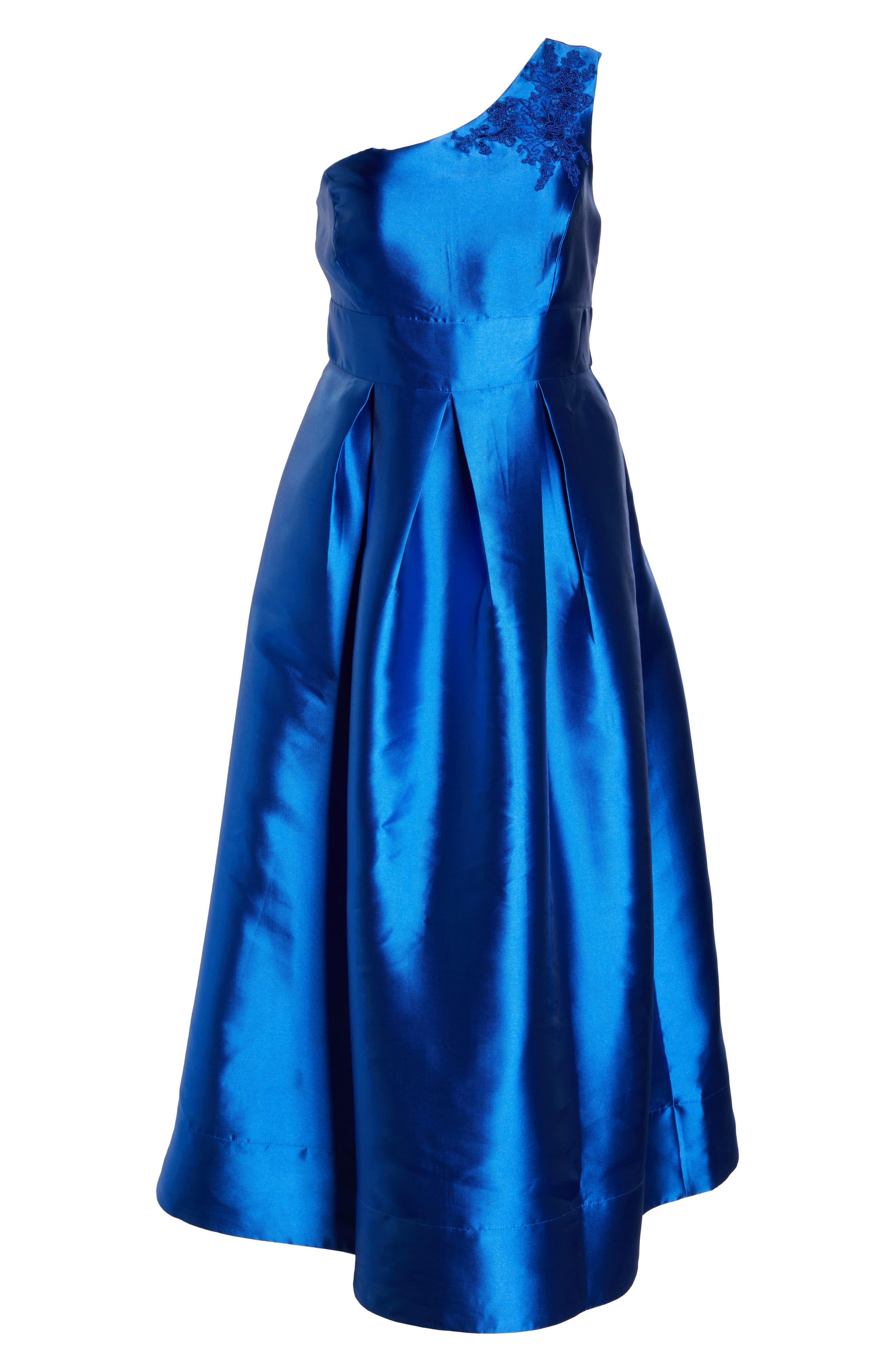 Alternate Image 6  - Sangria Appliquéd One Shoulder Ballgown (Plus Size)