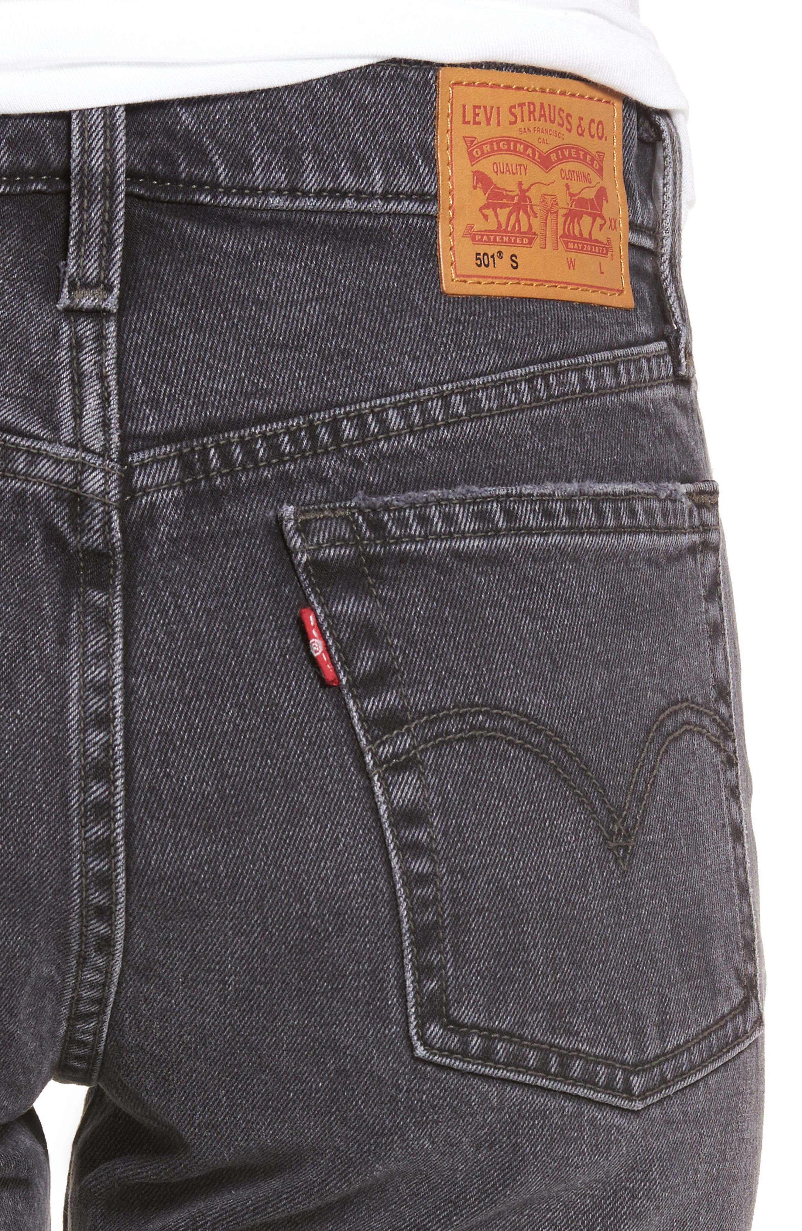 501<sup>®</sup> High Waist Ripped Skinny Jeans,                             Alternate thumbnail 4, color,                             Well Worn Black