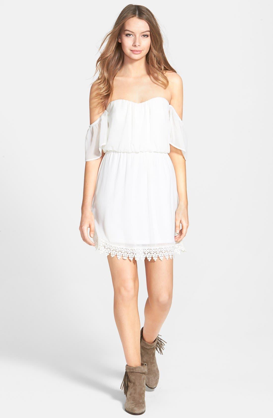 Main Image - Socialite Strapless Crochet Trim Dress