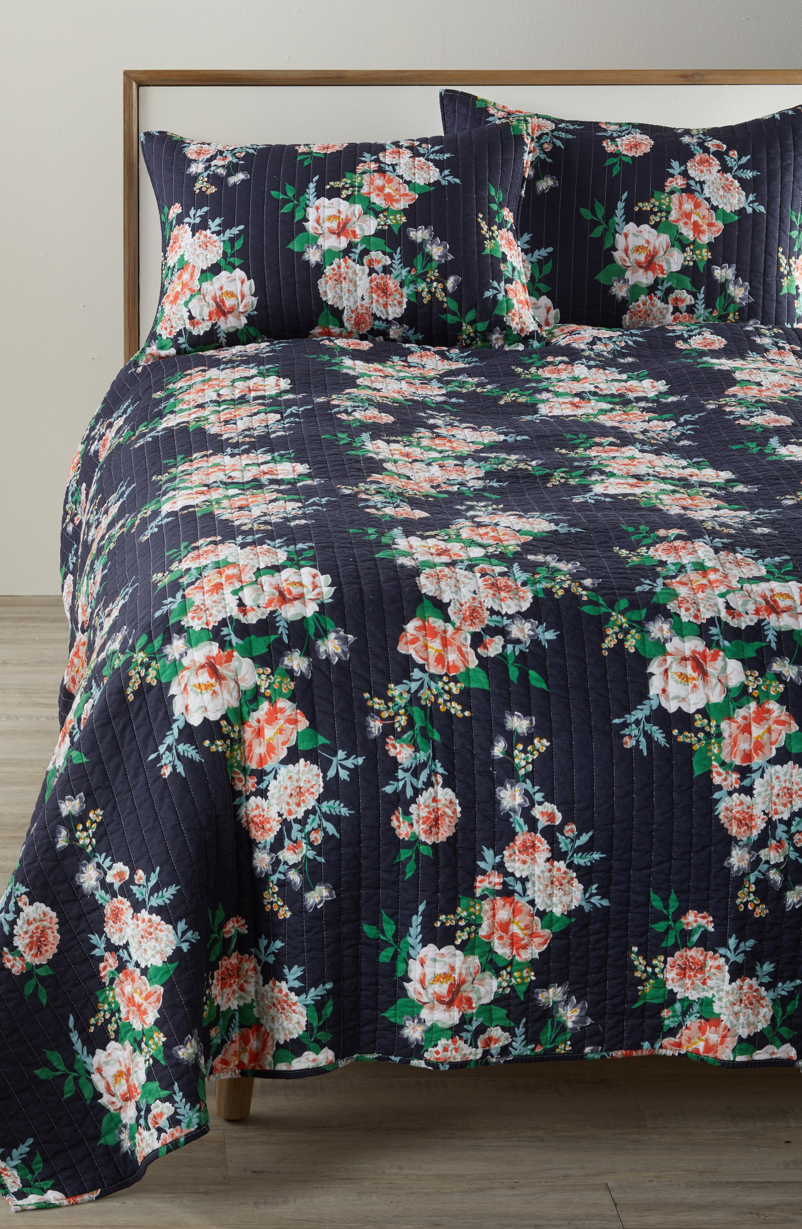 Bree Quilt,                         Main,                         color, Navy