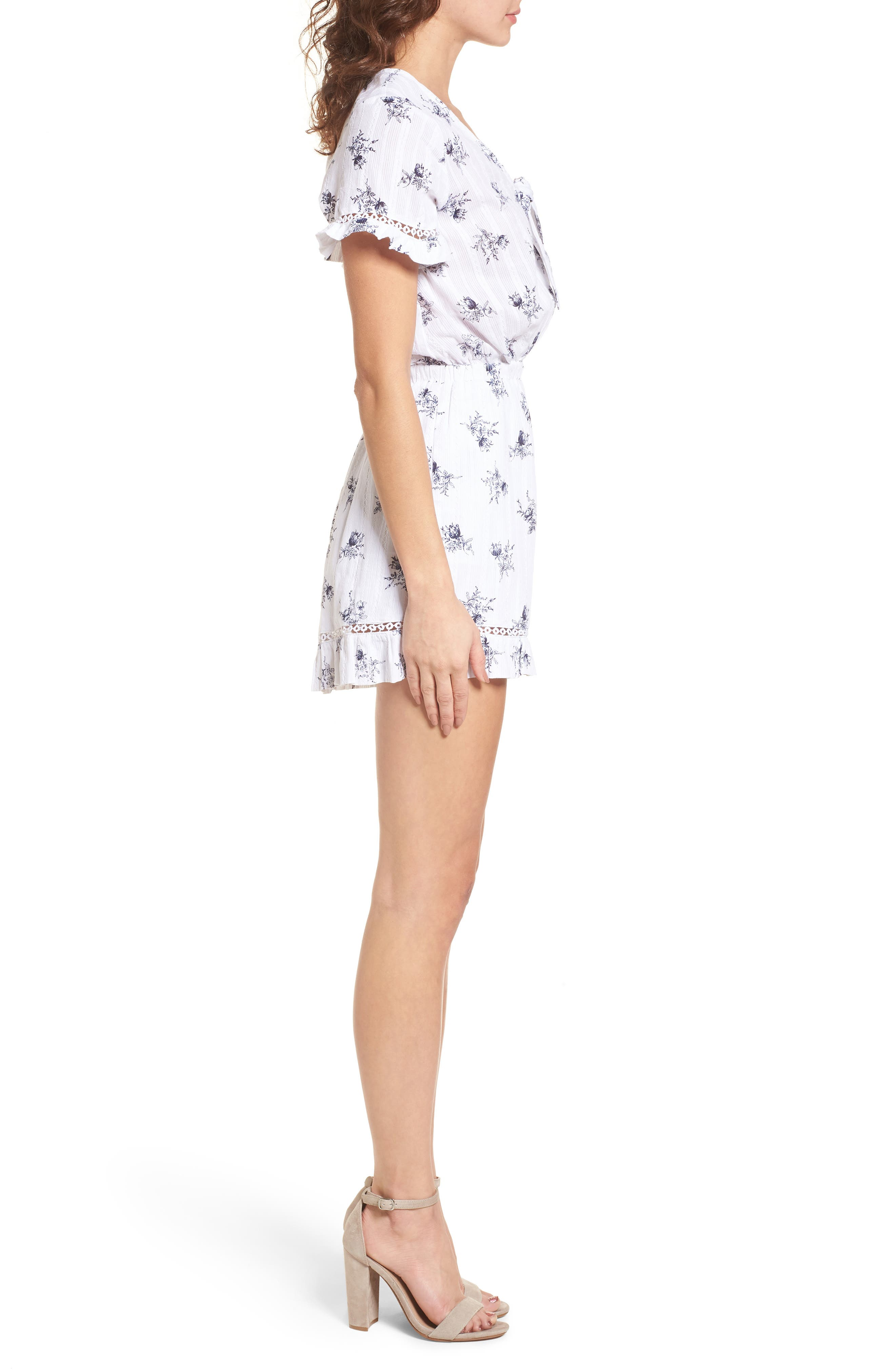 Tie Front Romper,                             Alternate thumbnail 4, color,                             White/ Navy