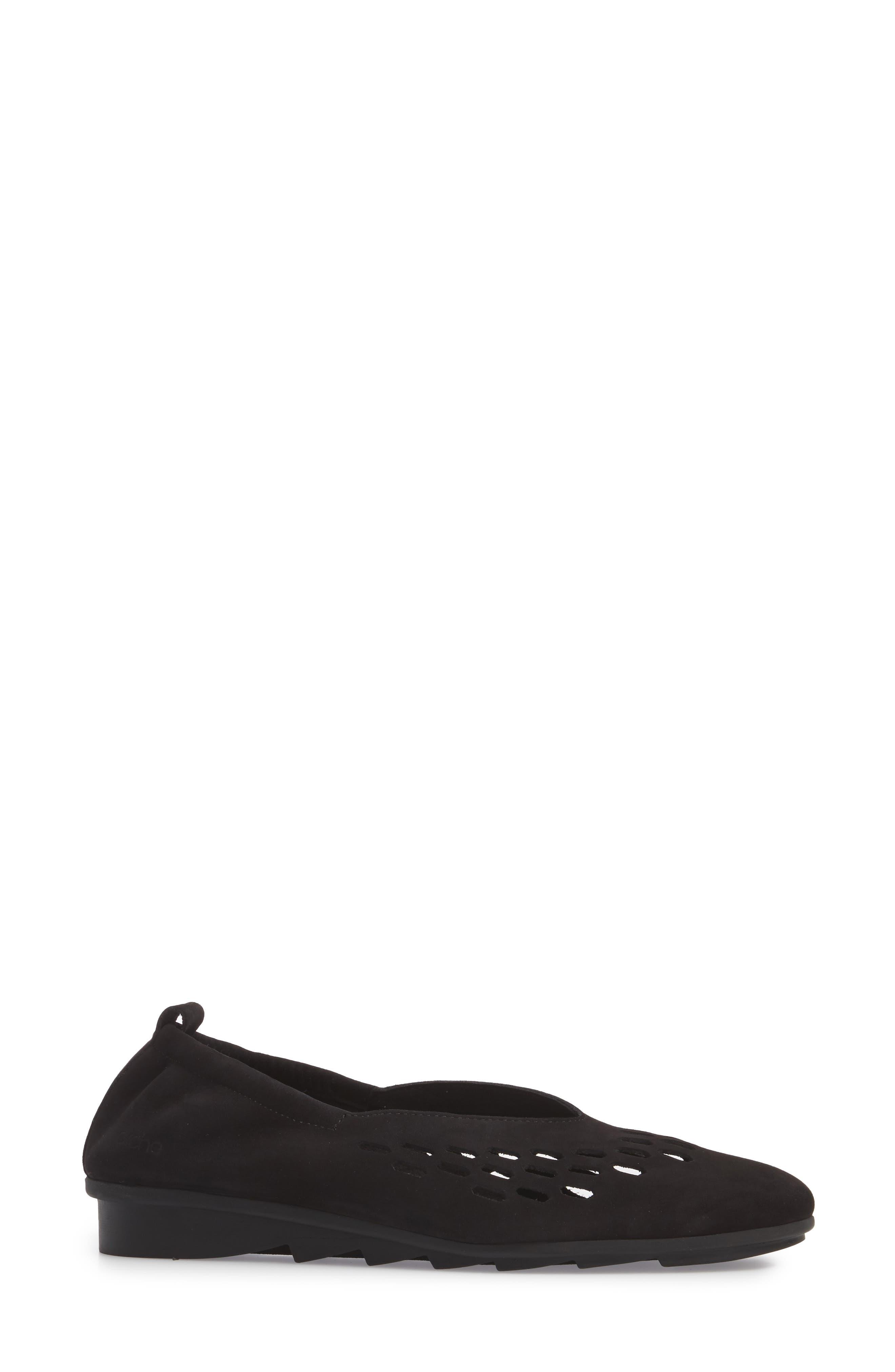 Bibiza Flat,                             Alternate thumbnail 3, color,                             Noir Nubuck Leather