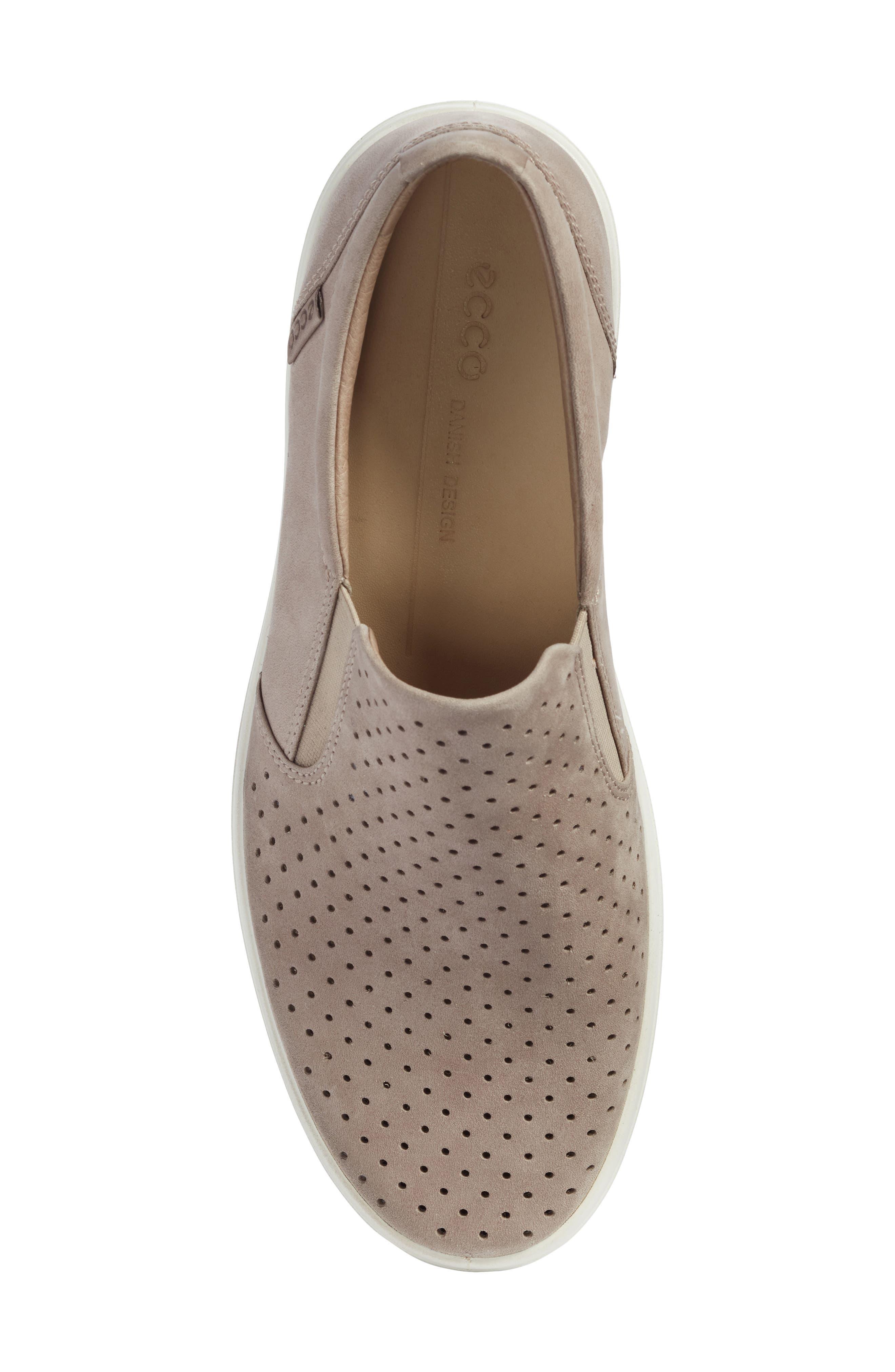 Soft 7 Retro Slip-On Sneaker,                             Alternate thumbnail 5, color,                             Moonrock Leather