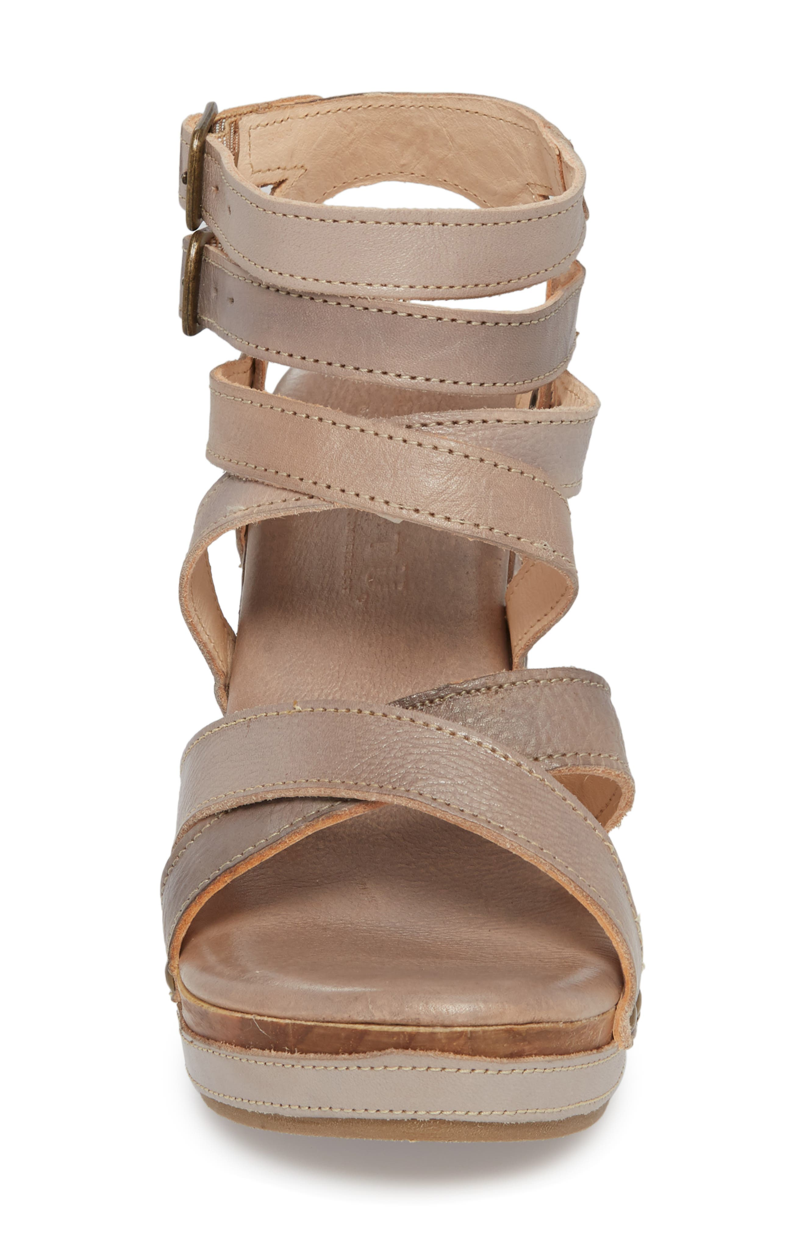 'Juliana' Sandal,                             Alternate thumbnail 4, color,                             Light Grey Leather