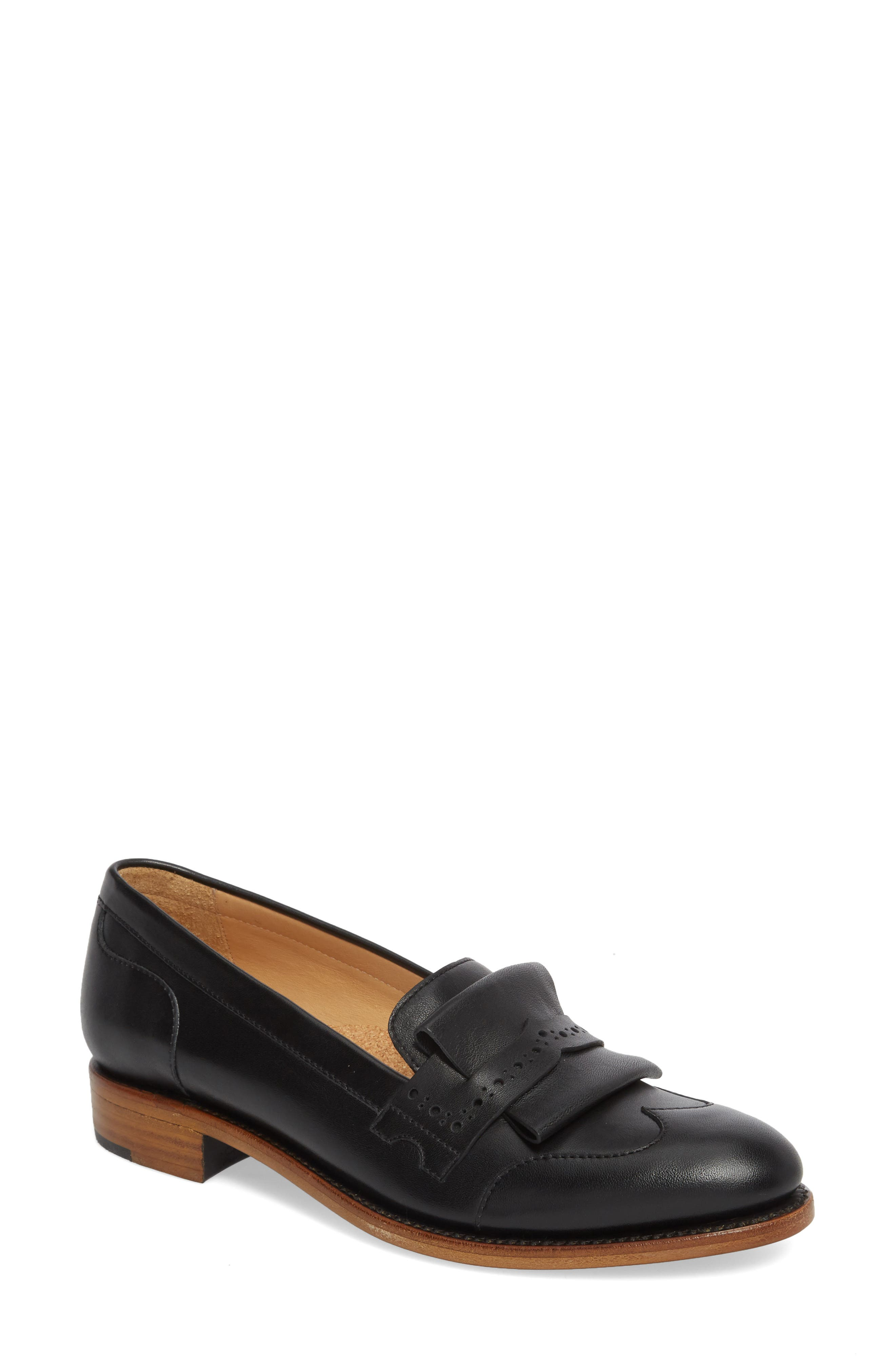 THE OFFICE OF ANGELA SCOTT Mr. Dickie Loafer in Black
