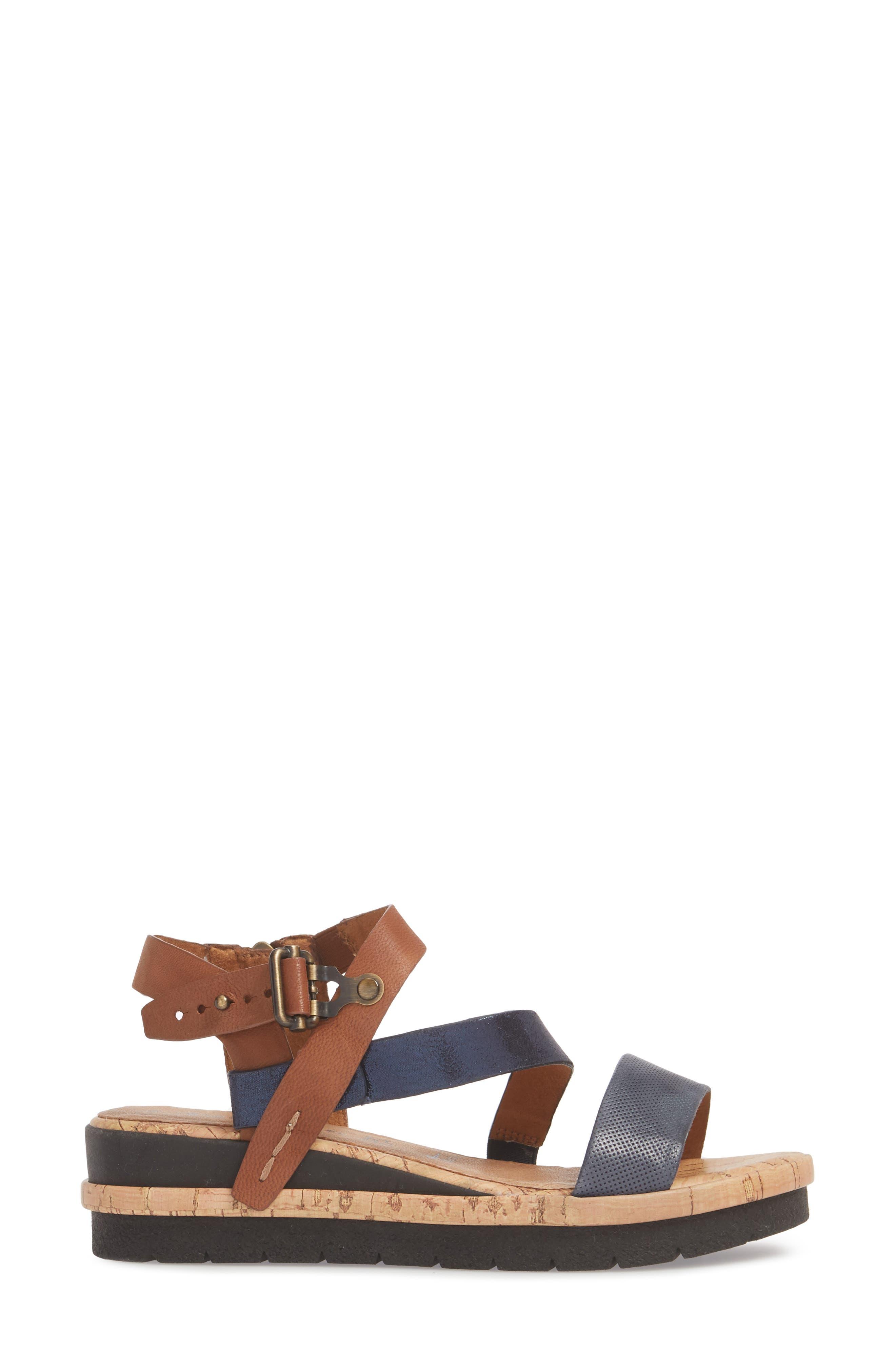 Eda Diagonal Strap Wedge Sandal,                             Alternate thumbnail 3, color,                             Navy/ Cognac Leather