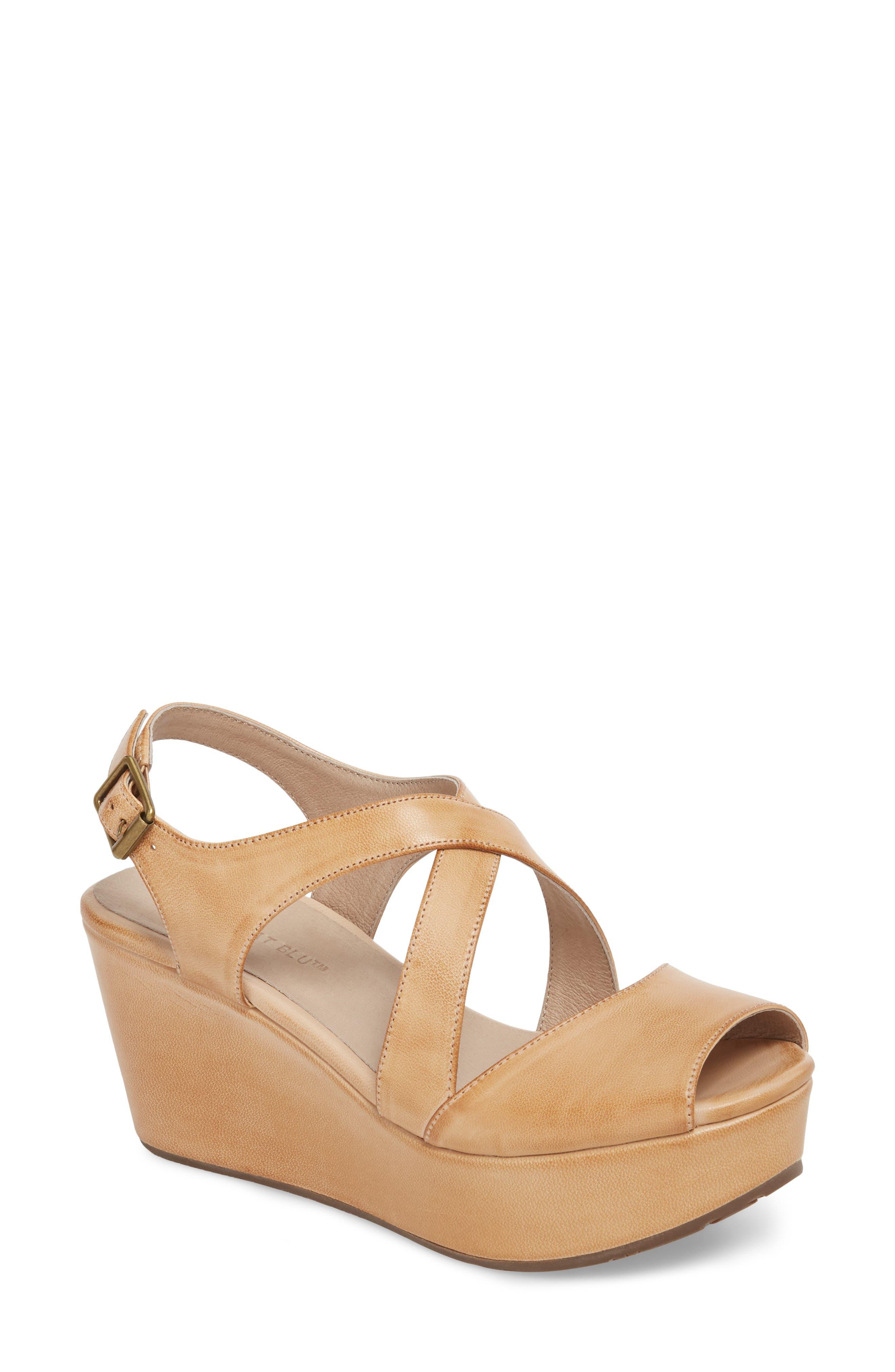 Chocolat Blu Winnie Wedge Sandal (Women)