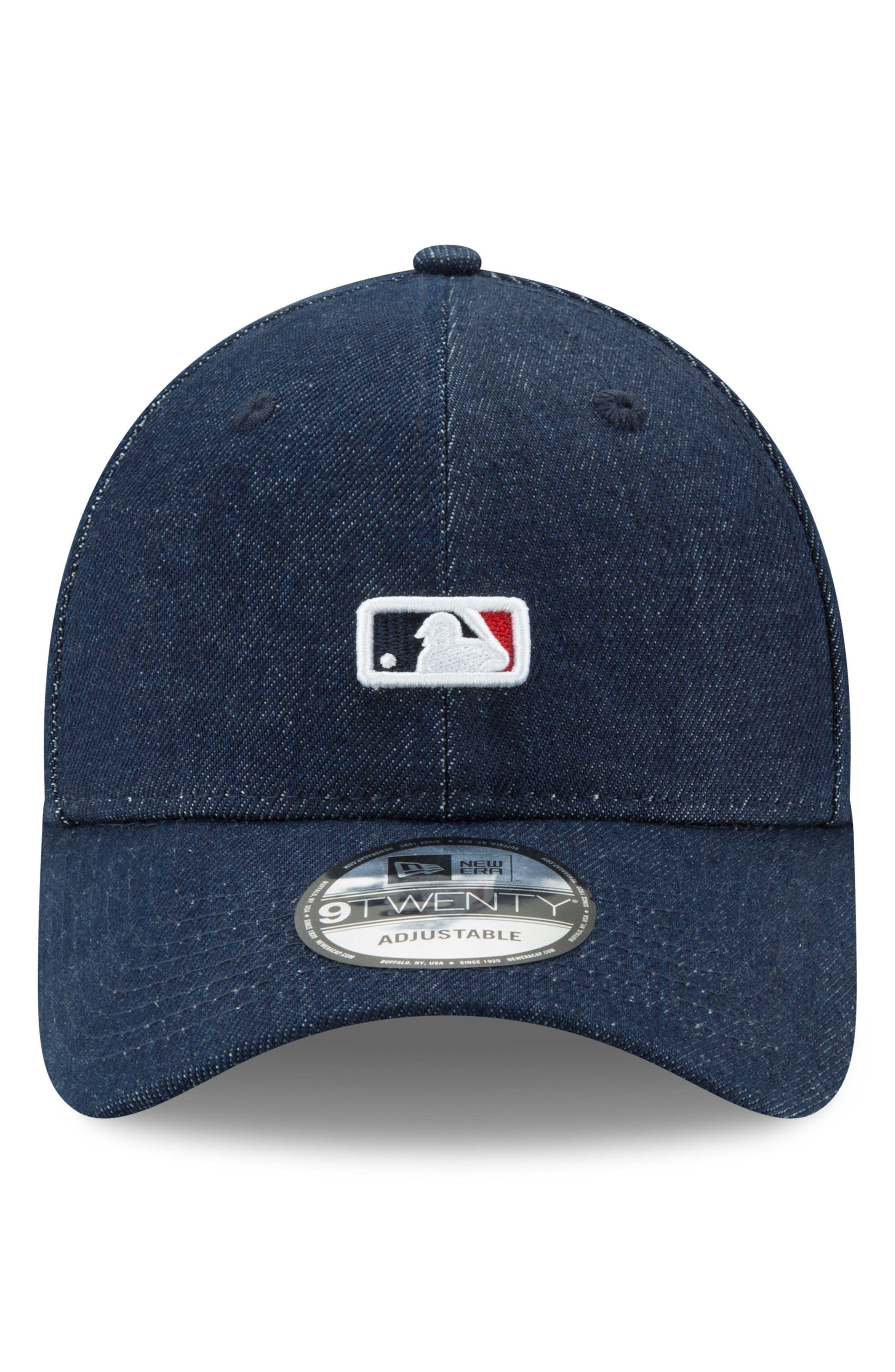 x Levi's<sup>®</sup> MLB Micro Batterman Baseball Cap,                             Alternate thumbnail 4, color,                             Black