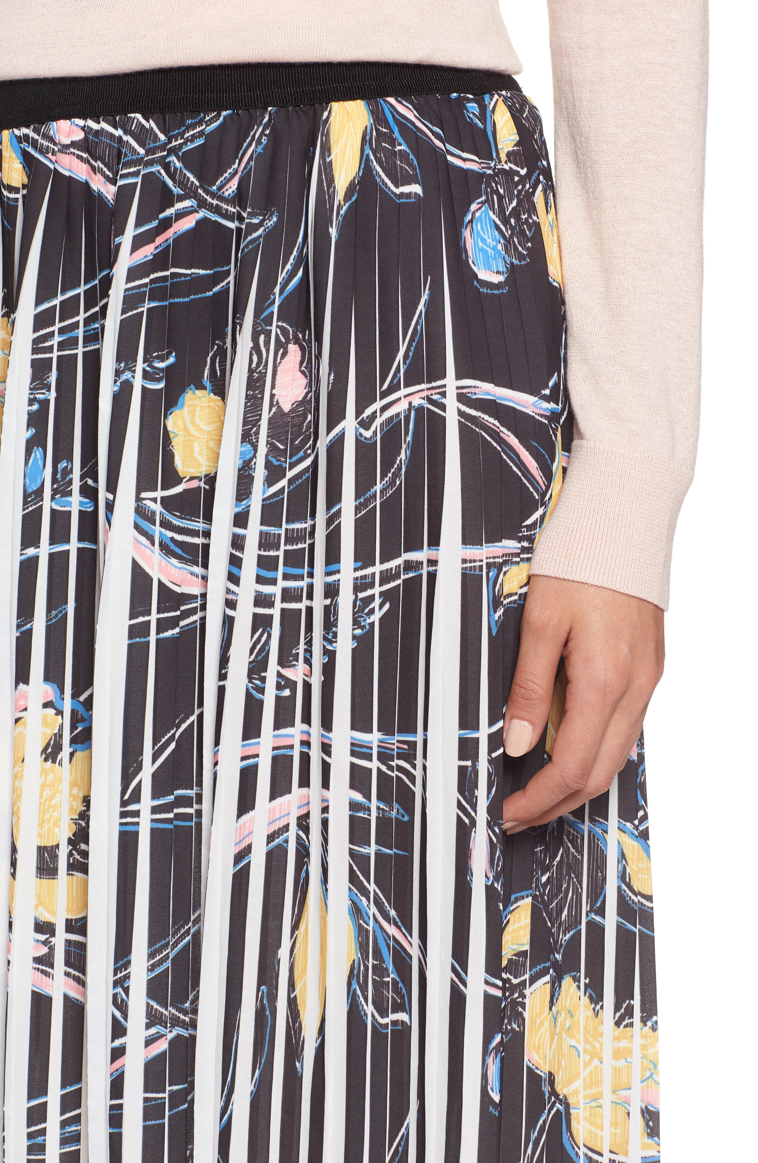 Pleated Print Skirt,                             Alternate thumbnail 4, color,                             Black- Yellow Floral