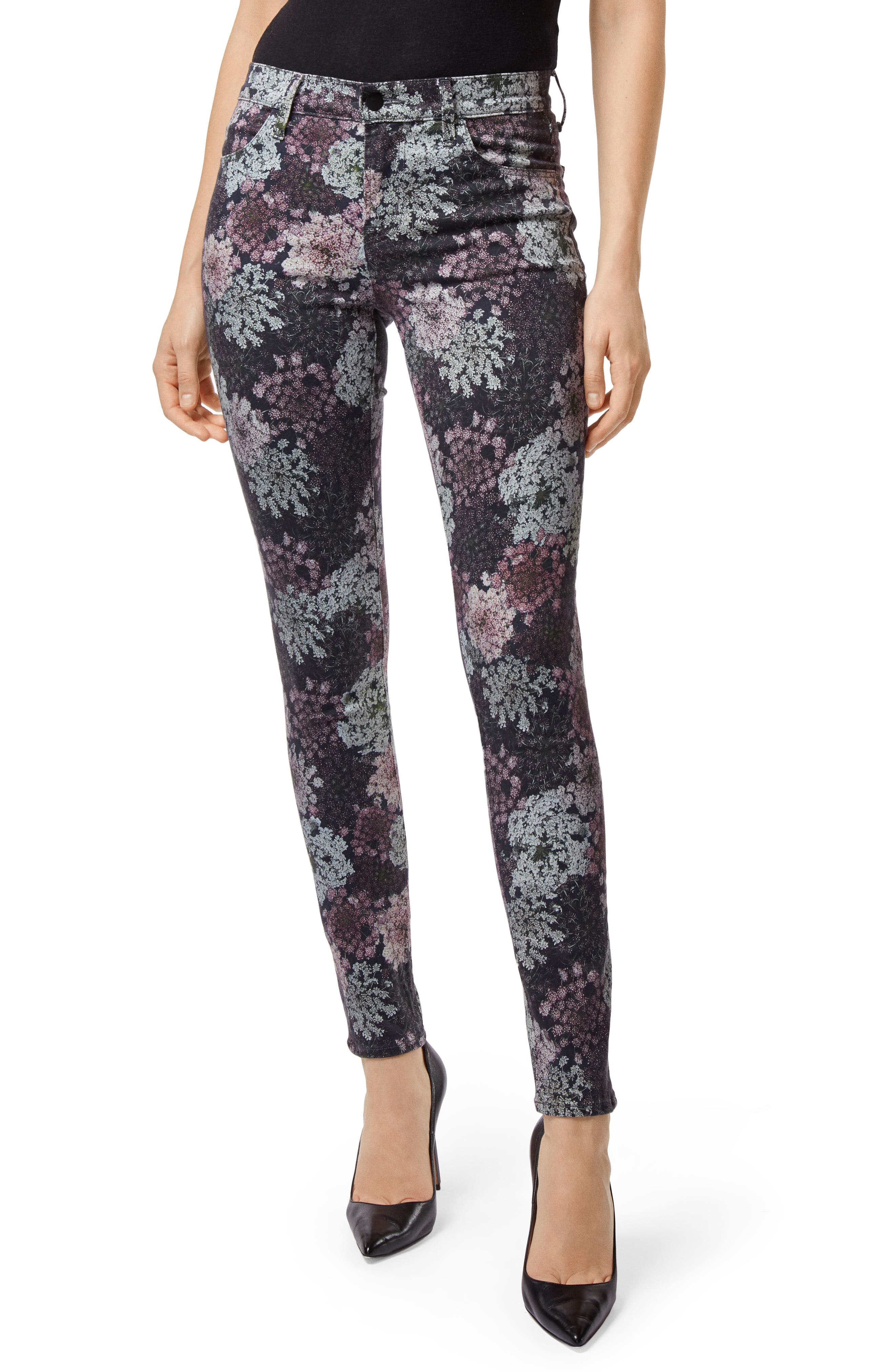 620 Floral-Print Mid-Rise Super Skinny Jeans in Queen Anne'S Lace