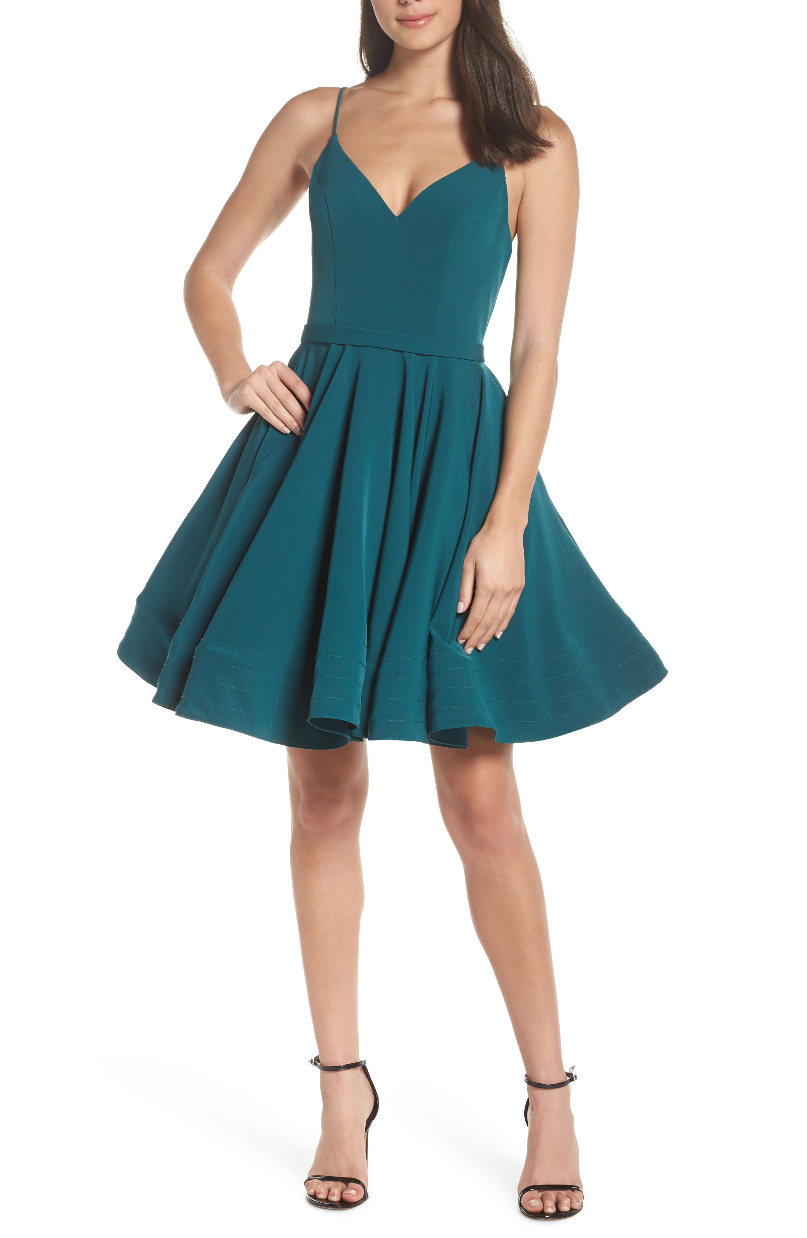 MAC DUGGAL FIT & FLARE PARTY DRESS
