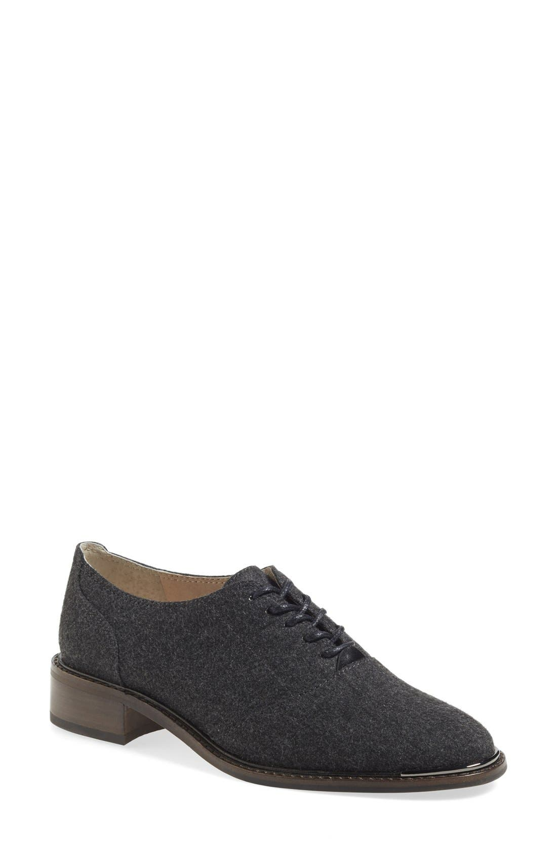 Alternate Image 1 Selected - Louise et Cie 'Franny' Oxford Flat (Women) (Nordstrom Online Exclusive)