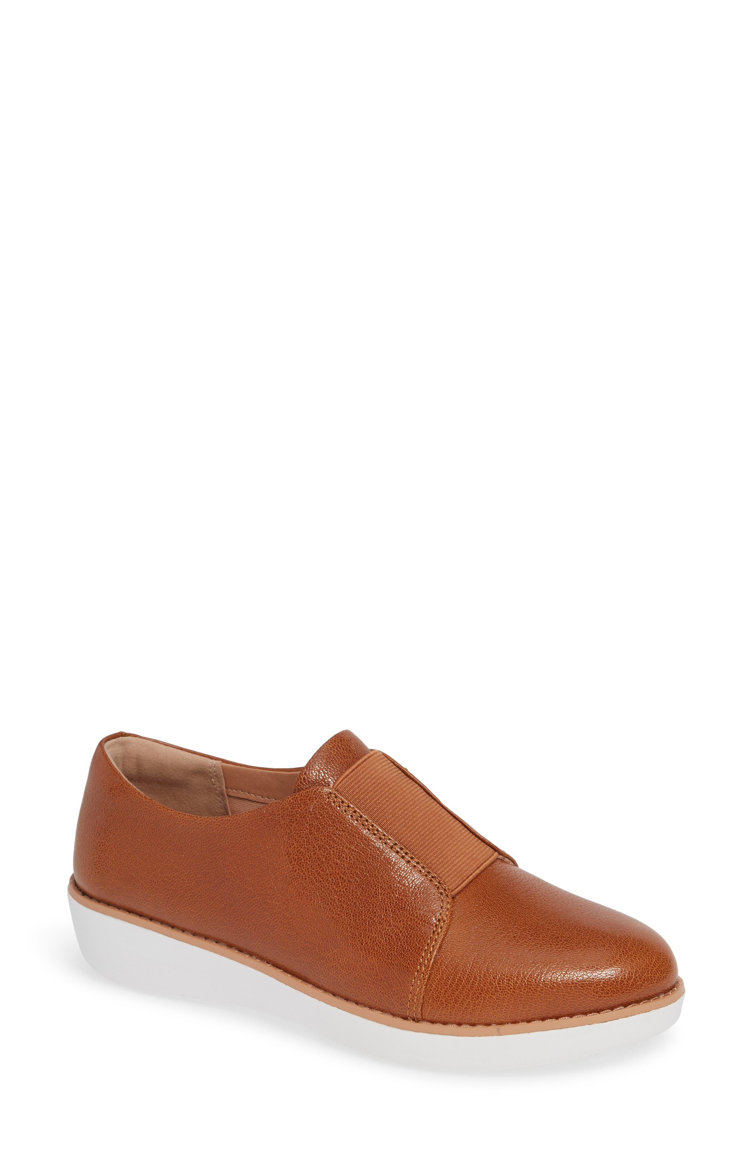 Laceless Derby in Tumbled Tan Leather