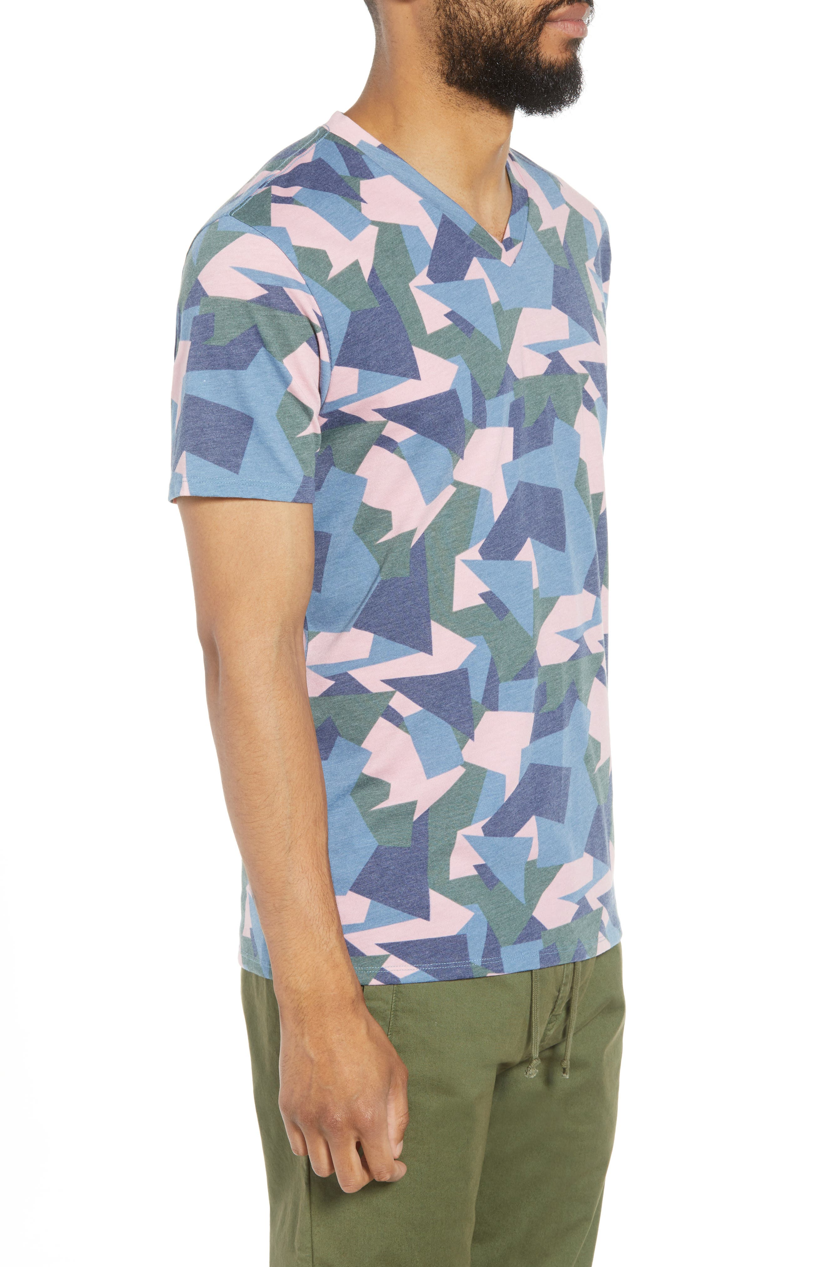 V-Neck T-Shirt,                             Alternate thumbnail 3, color,                             Pink / Grey Abstract Geo Camo