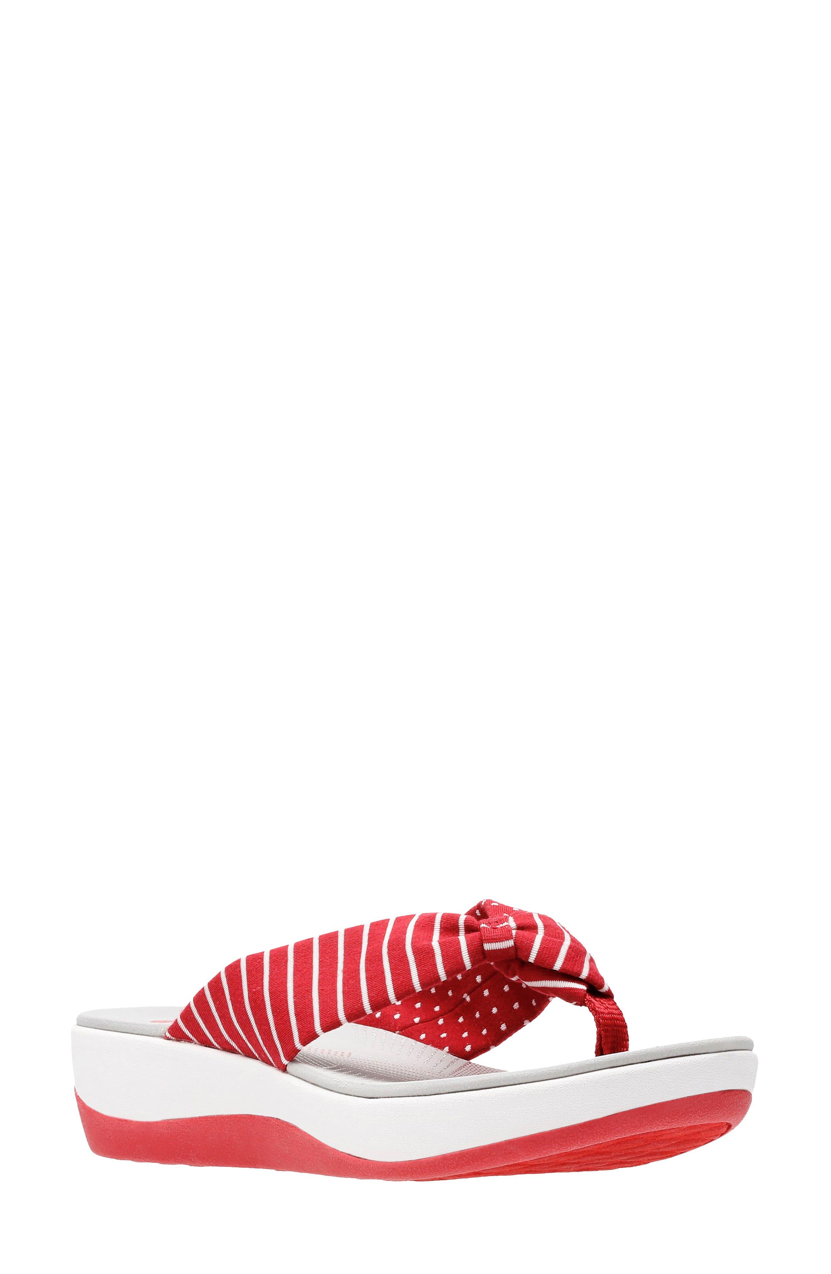 723d34d53f208 Women s Flip Flops New Arrivals  Clothing